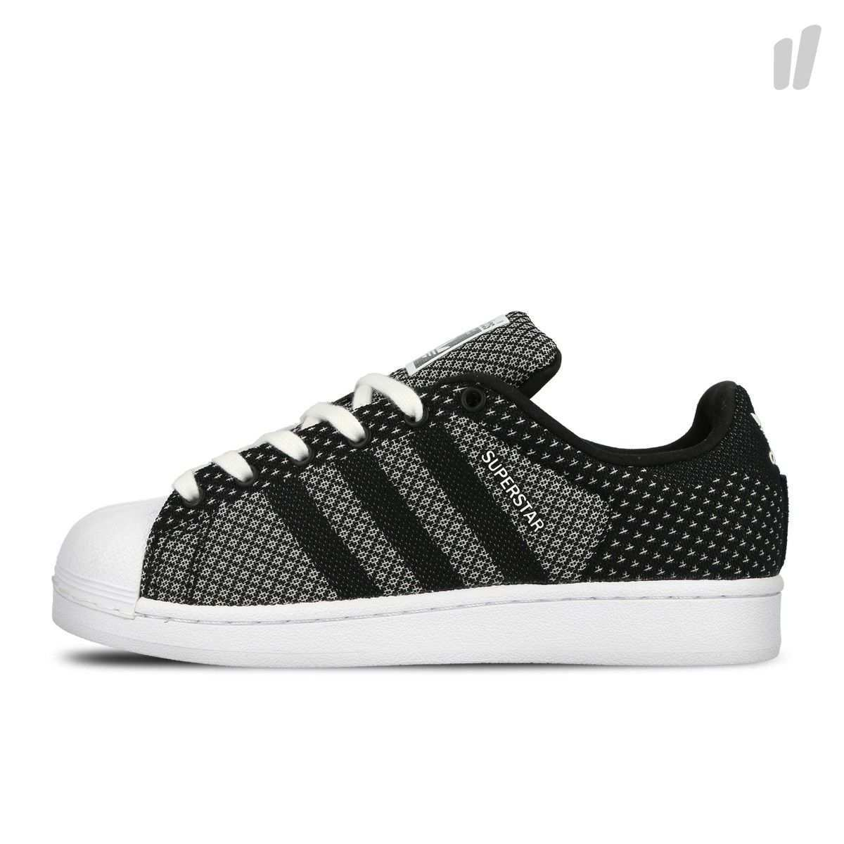 Vintage Style Meets Modern Materials With The Adidas Superstar Weave Updating The Iconic Shoe With A Lightweight One Piece W Adidas Superstar Adidas Streifen