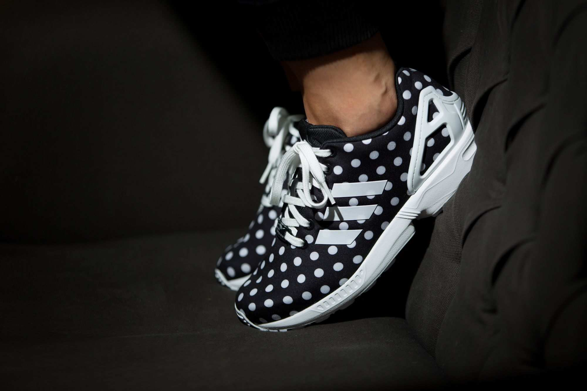 We Just Can T Get Enough Of Polka Dots What About You Girls The Adidas Originals Zx Flux W Is Available At Our Shop N Girls Sneakers Sneakers Adidas Zx Flux