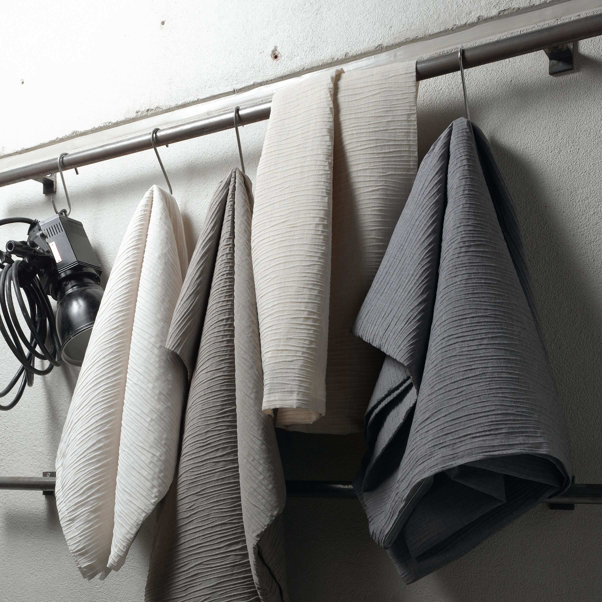 Ado Dessin Mistral Stoff Fabric Curtain Gardine Vorhang Vintage Grau Grey Fabric Design Drapes Curtains Classic Collection