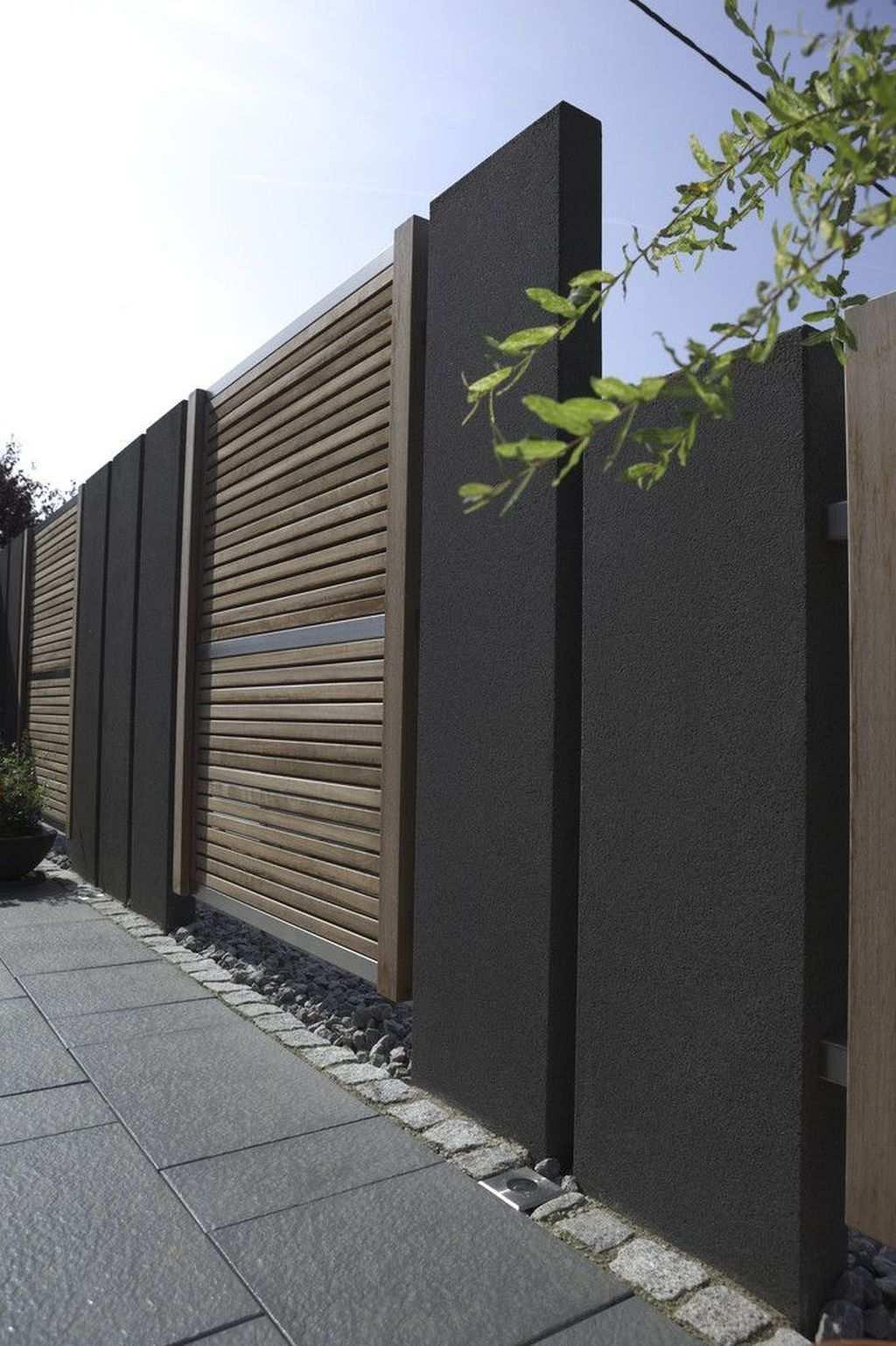 31 Amazing Minimalist Fence Design Ideas For Your Front Yard Homepiez Fence Design Modern Fence Design Modern Fence