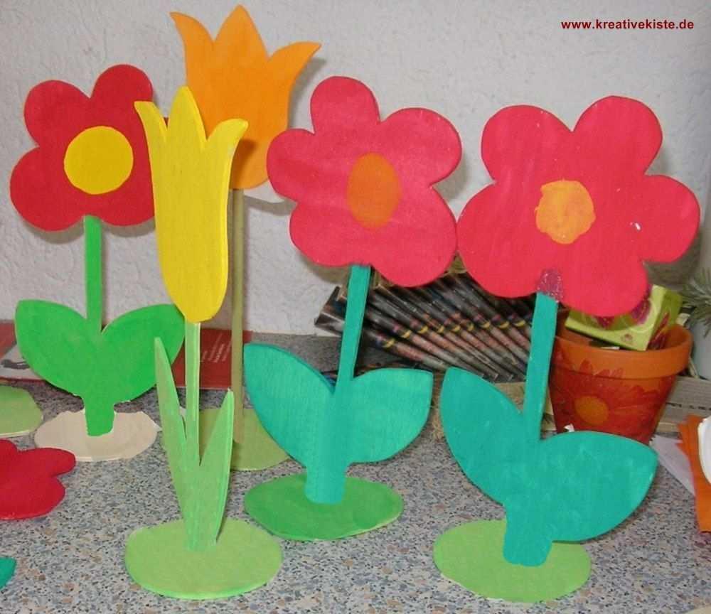 Einfache Holzblumen Basteln Vorlage Holzblumen Basteln Mit Holz Papiertuten Basteln