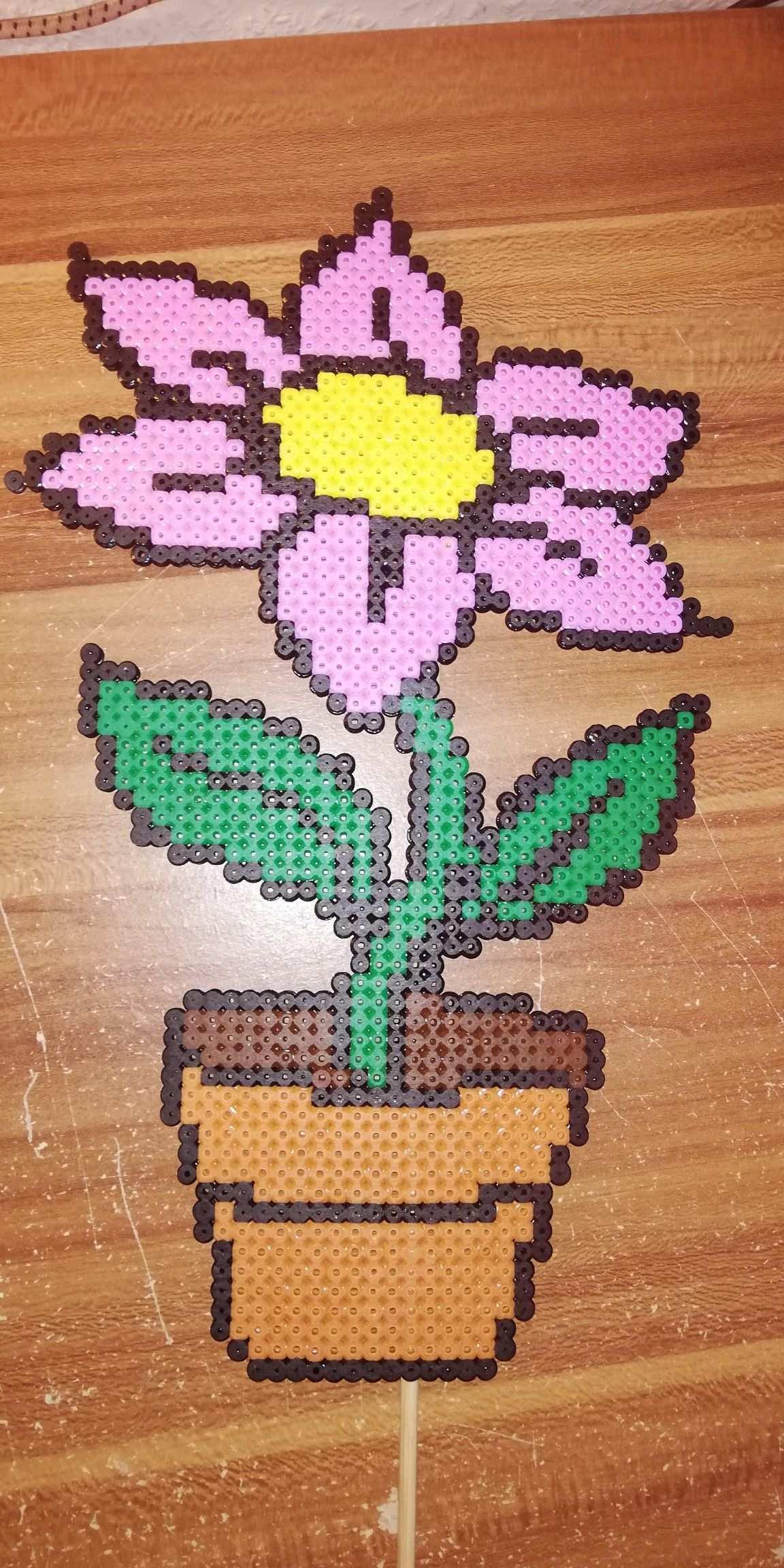 Rosa Blume Im Topf Bugelperlen Rosa Blumen Bugelperlen Vorlagen