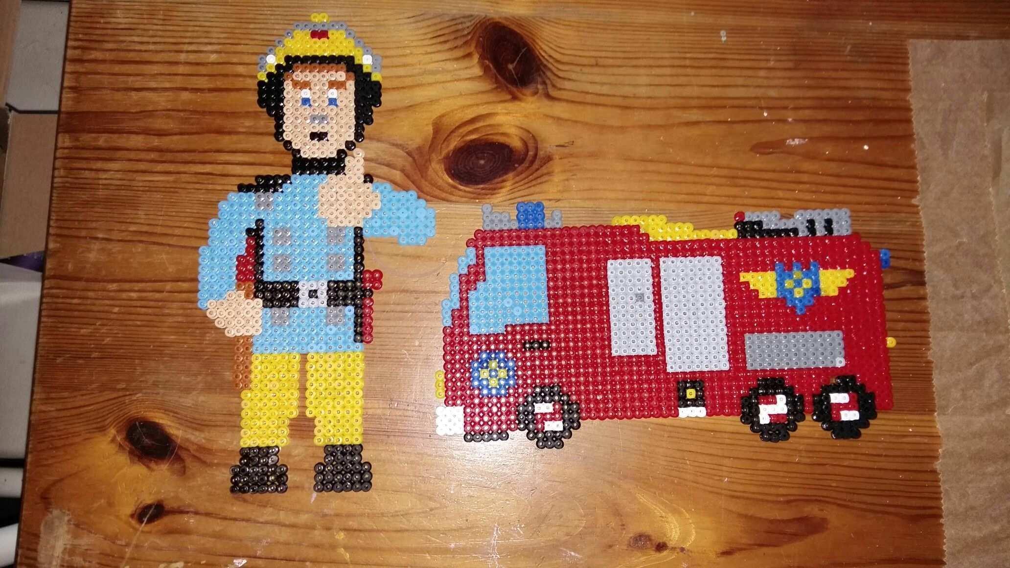 Feuerwehrmann Sam Basteln Bugelperlen Bugelperlen Feuerwehr Bugelperlen