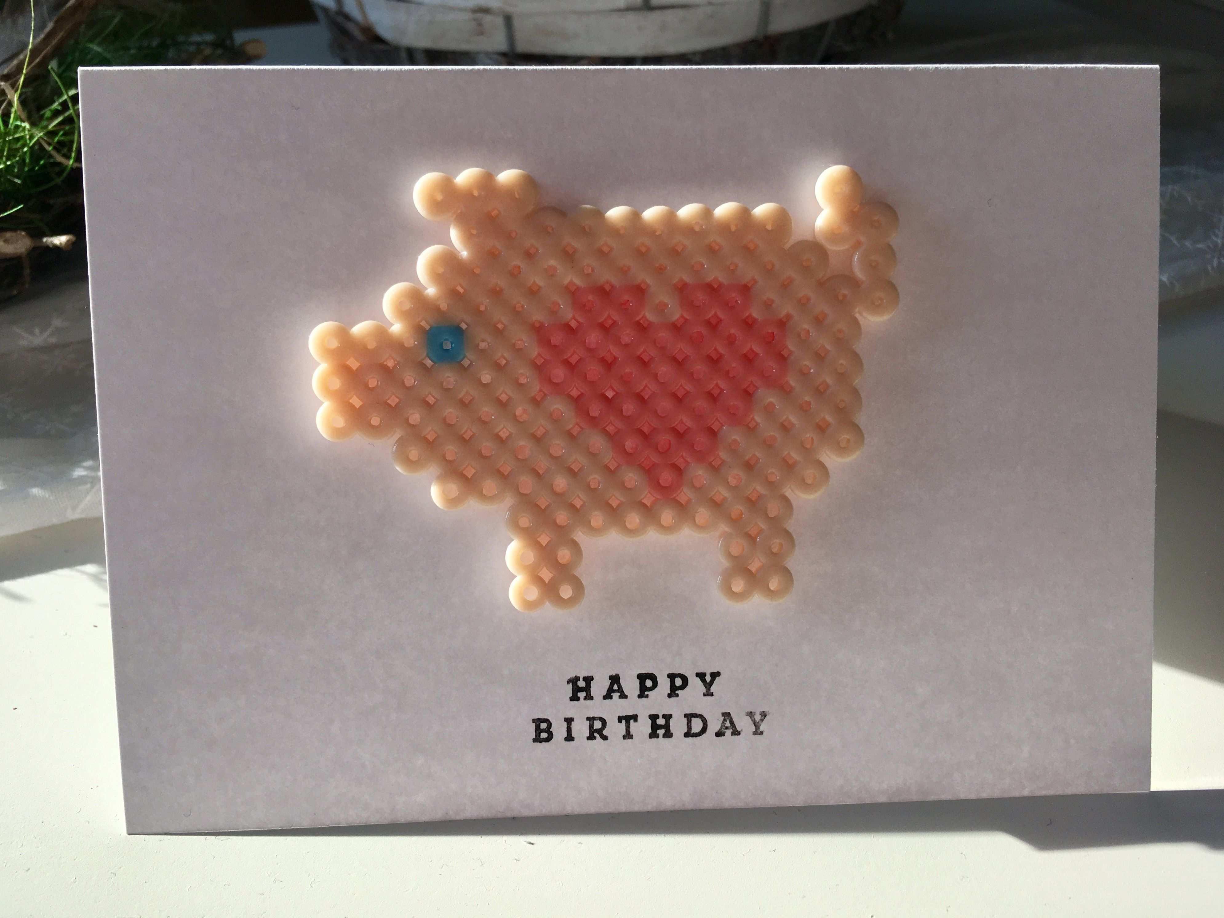 Bugelperlen Karte Mit Schwein Geburtstagskarte Basteln Bugelperlen Geburtstagskarte Basteln Silvester