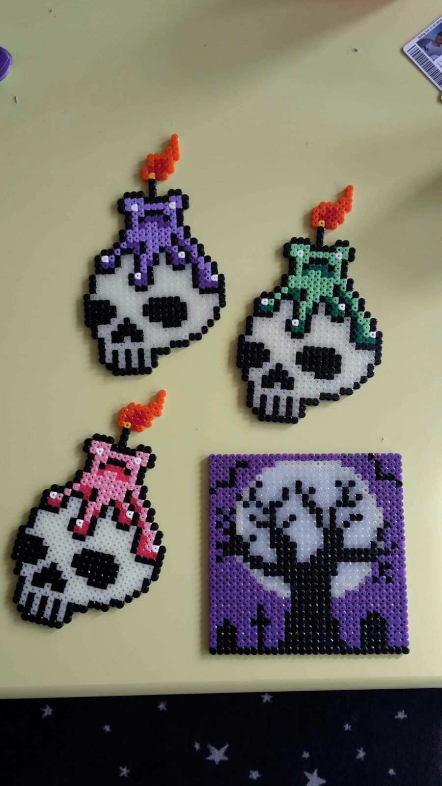 Hama Perler Beads Skulls Glowing In The Dark By Bianca Jung Hama Beads Patterns Perler Bead Templates Perler Crafts