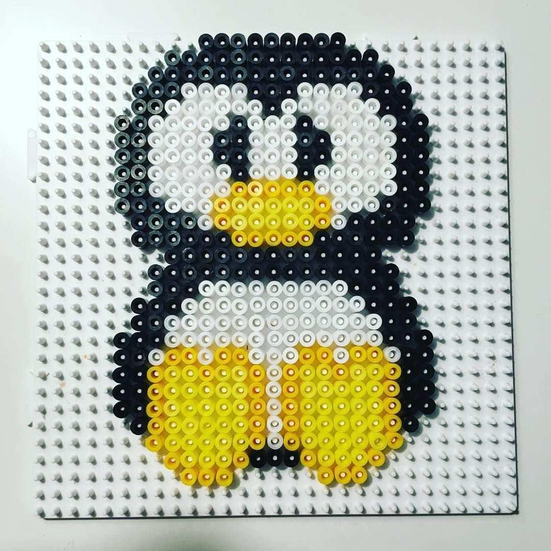 Penguin Hama Beads By Sussieoxholm Bugelperlen Hama Bugelperlen Bugelperlen Vorlagen
