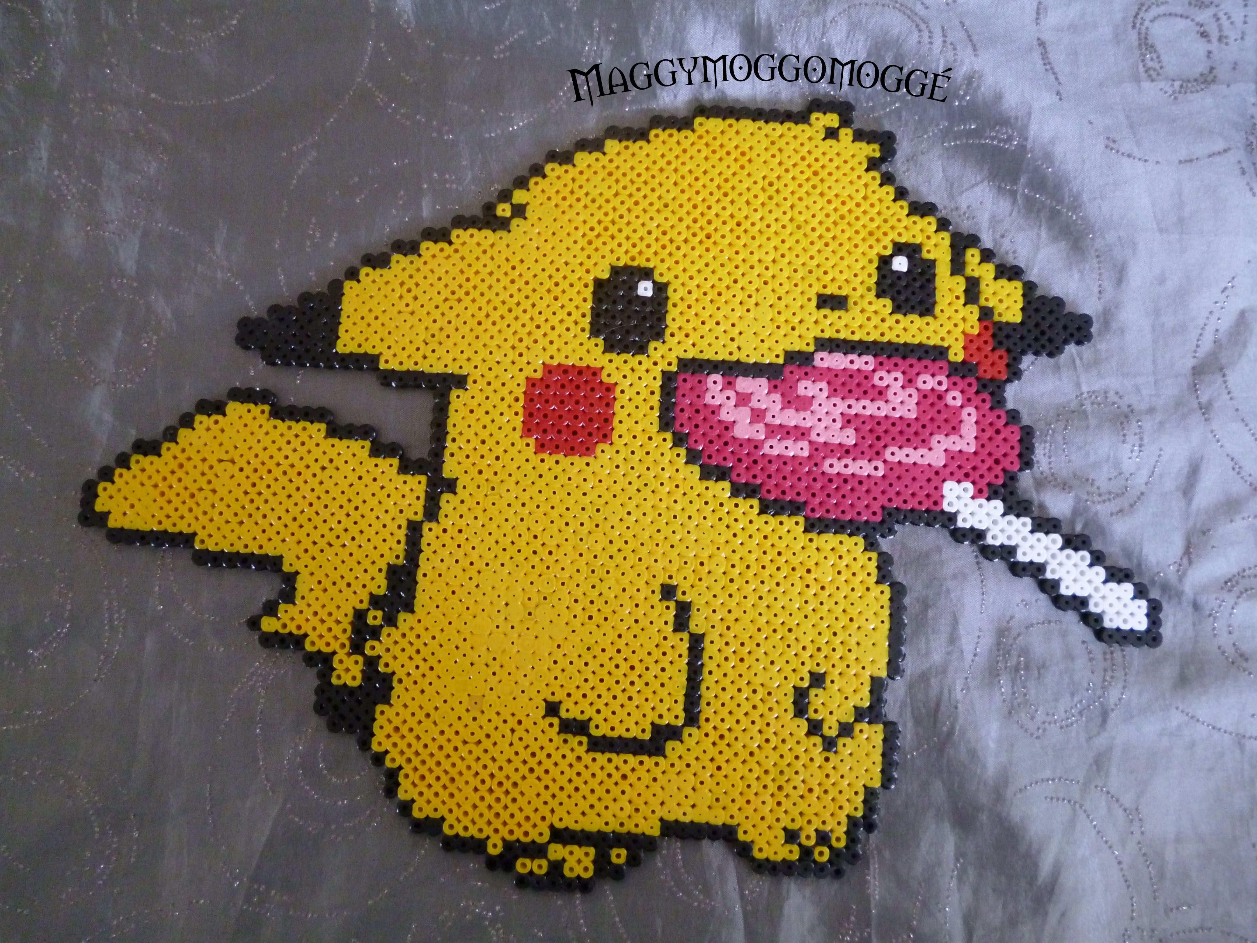 Pikachu By Maggy Bugelperlen Vorlagen Bugelperlen Bugelperlen Pokemon