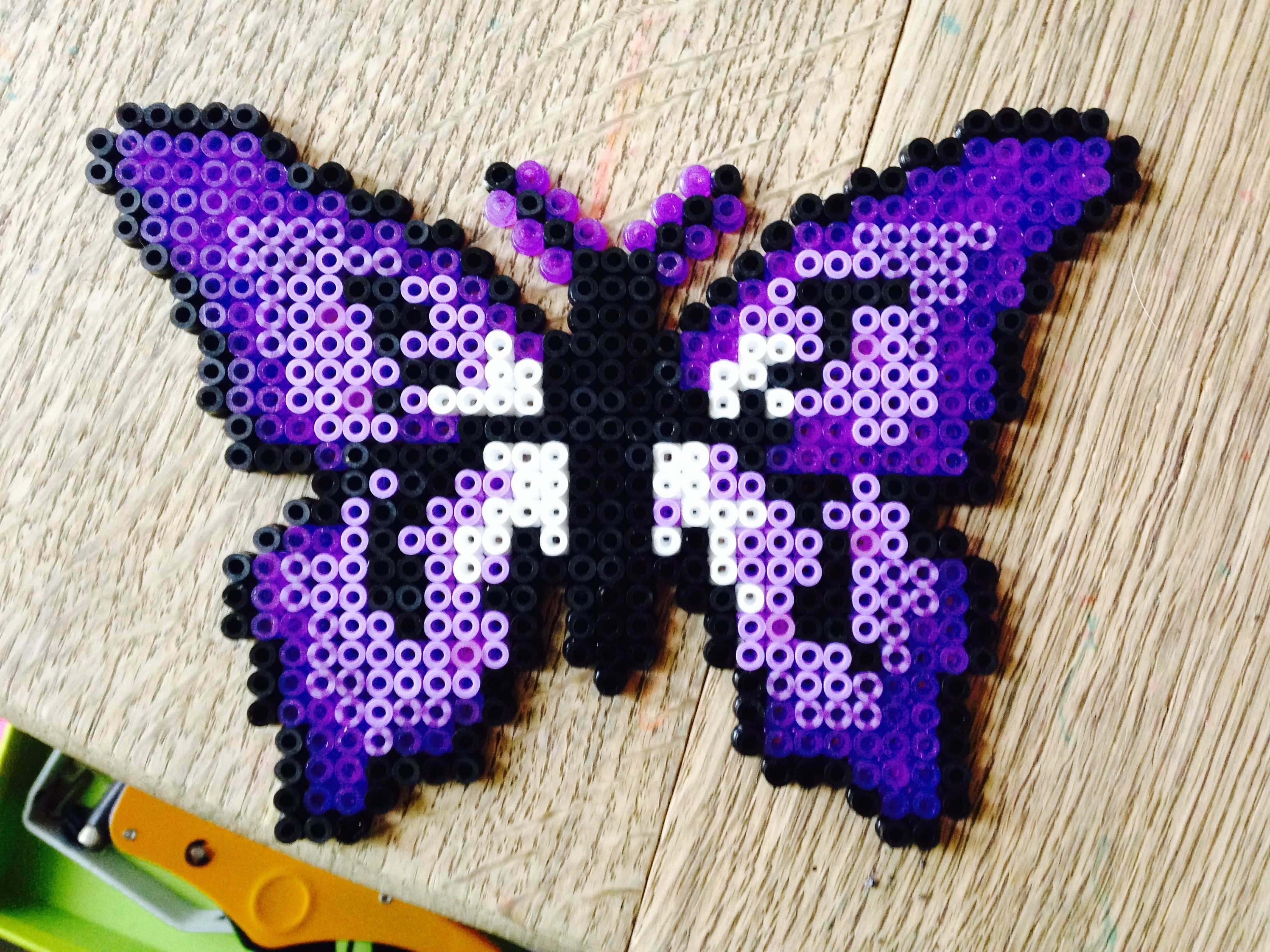 Butterfly Butterfly Butterfly Machinequilting Perlerbeads Quiltpatterns Quilting In 2020 Perler Bead Art Perler Bead Mario Hama Beads Patterns
