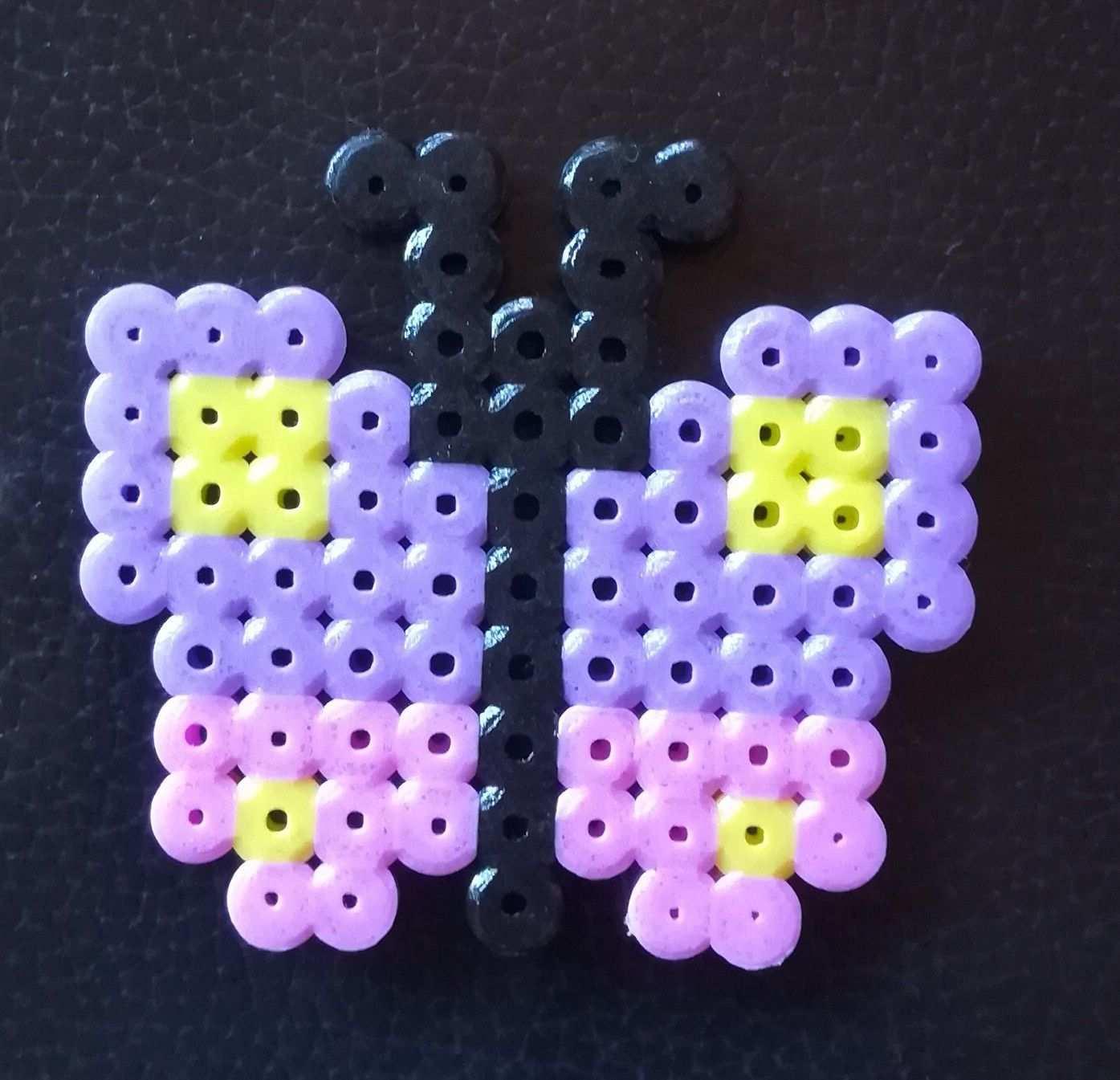 Steckperlen Schmetterling Steckperlen Bugelperlen Basteln Mit Kindern