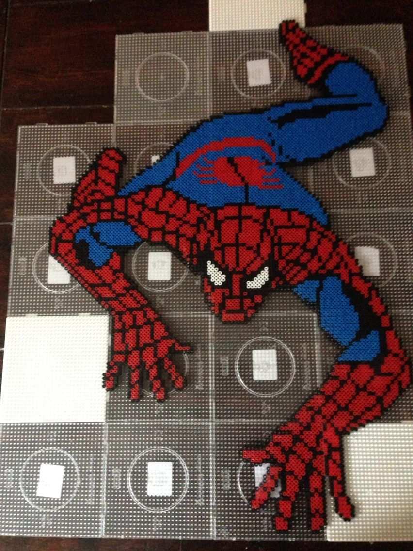Spiderman Hama Perler Bead Art By Dorte Marker Perlemonstre Projekter Hama Perler Monstre
