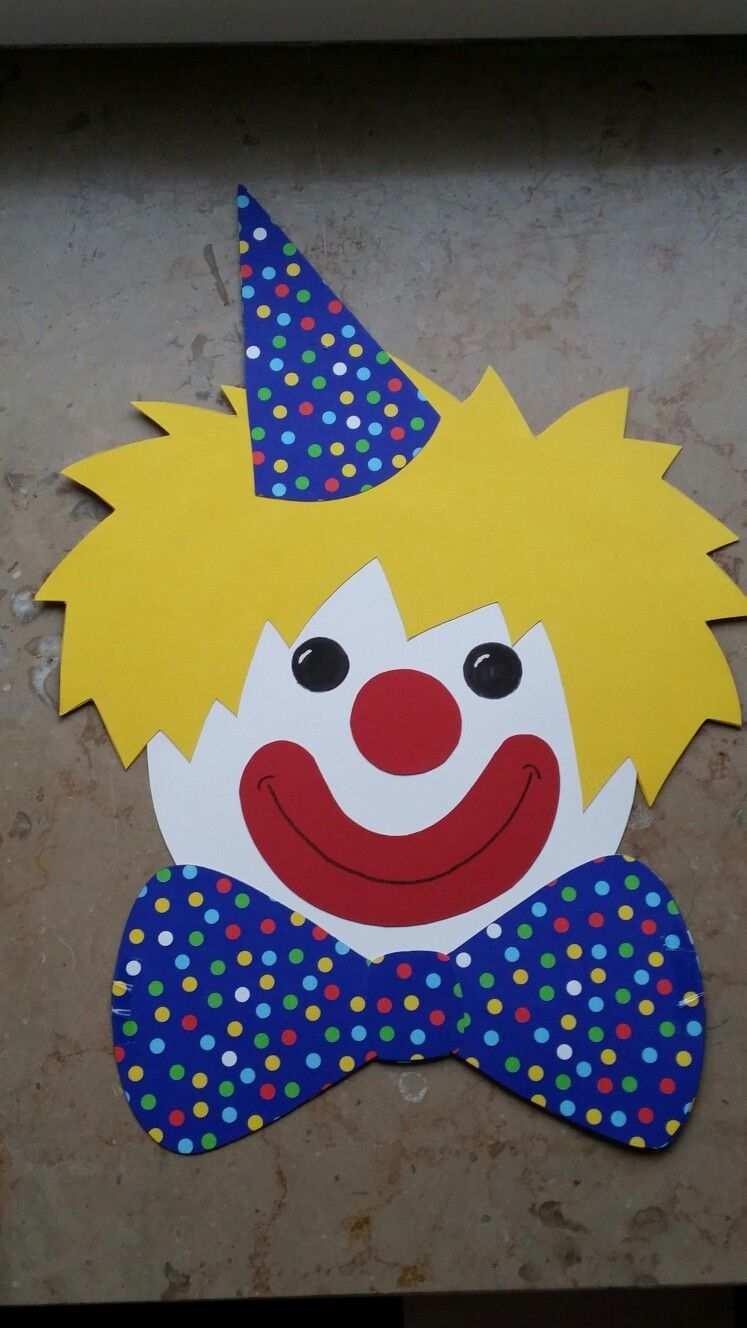 Clown Kopf Fensterbild Kindergeburtstag Basteln Clown Basteln Vorlage Faschingsdeko Basteln