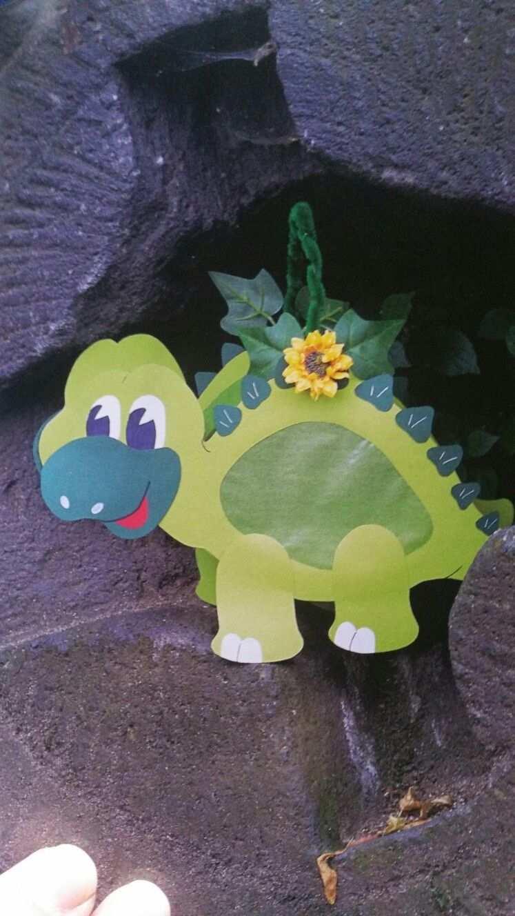 Dinosaurier Laterne Zu St Martin Laternen Basteln Laterne Basteln Vorlagen Basteln Mit Kleinkindern