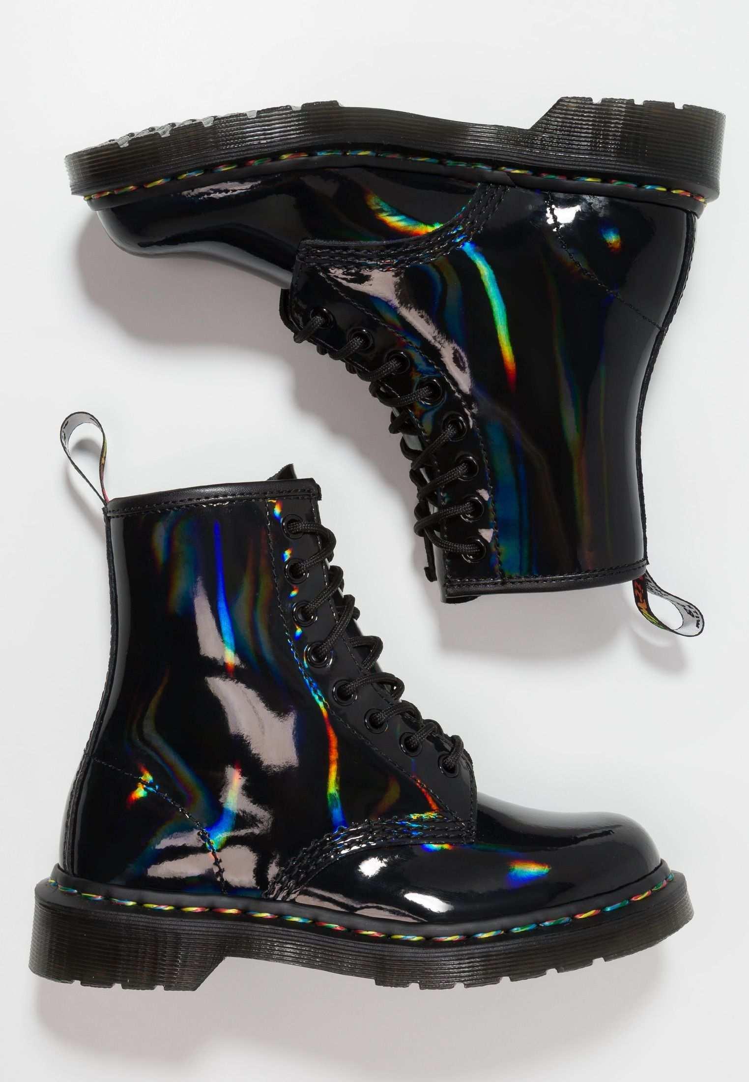 Dr Martens 1460 Rainbow Iridescent Bottines A Lacets Black Zalando Fr Festival Shoes Boots Casual Shoes Outfit