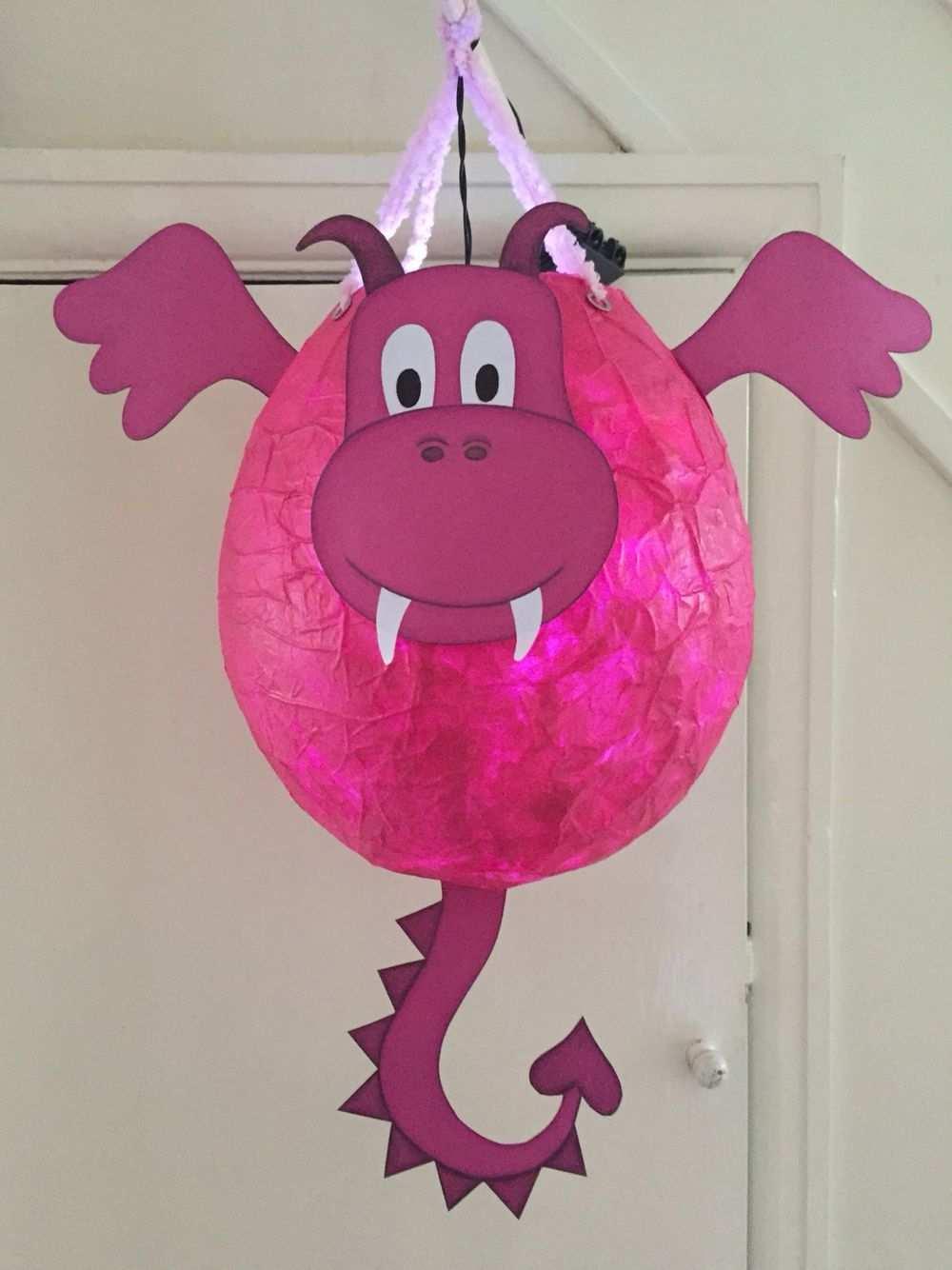 Drachenlaterne Mit Papermache Laterne Basteln Luftballon Laternen Basteln Drachen Basteln