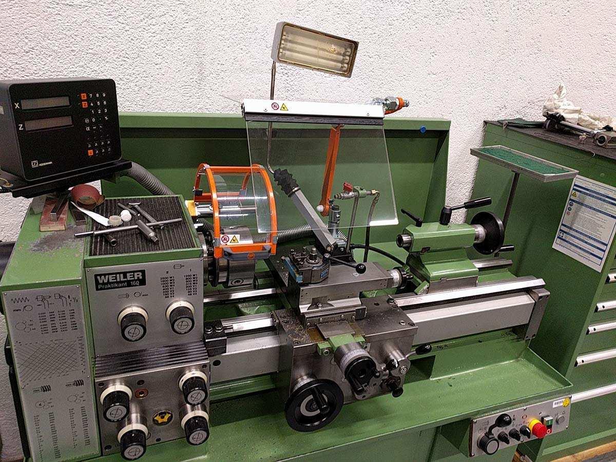 Schutzeinrichtungen Fur Werkzeugmaschinen Meuser