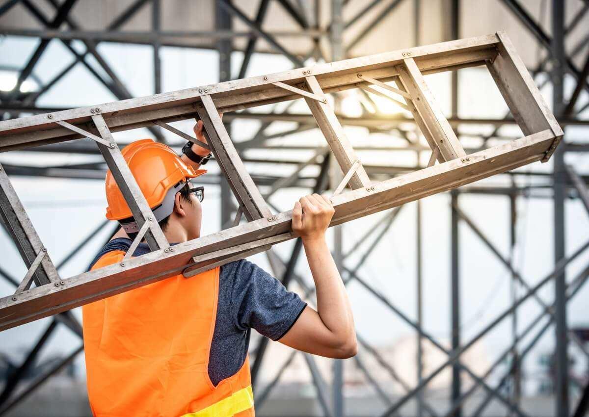 Leitern Und Tritte Als Arbeitsmittel Gefahrdungsbeurteilung