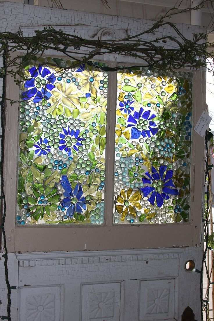 Mosiac Fenster Aus Zerbrochenem Farbigem Glas Mosiac Window Made With Broken Colored Glass Mosiac Fenster Aus Zerbrochenem In 2020 Fenster Kunst Mosaik Farbiges Glas