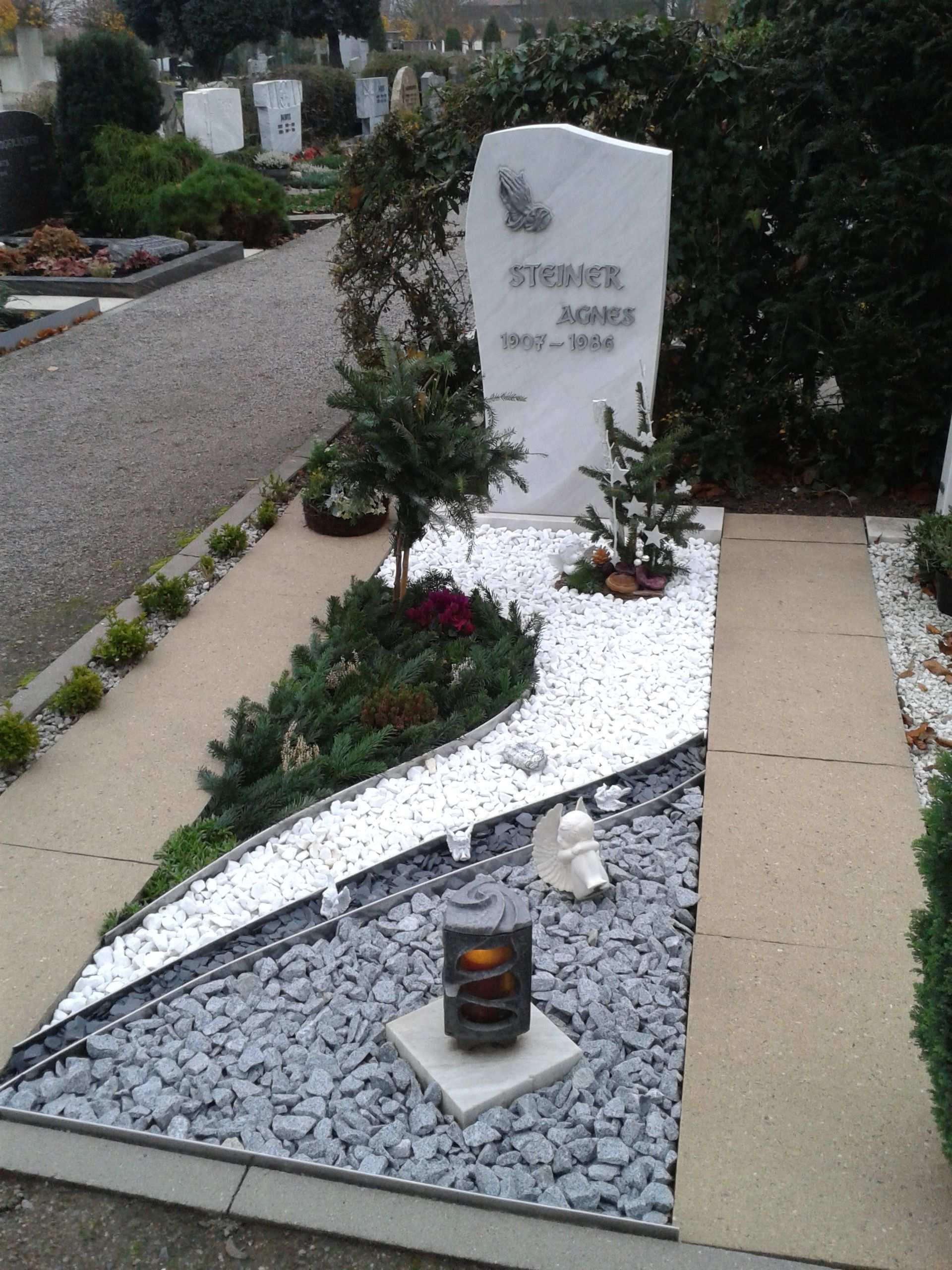Grab Gestalten Weihnachten Grabgestaltung Bepflanzung Grabbepflanzung