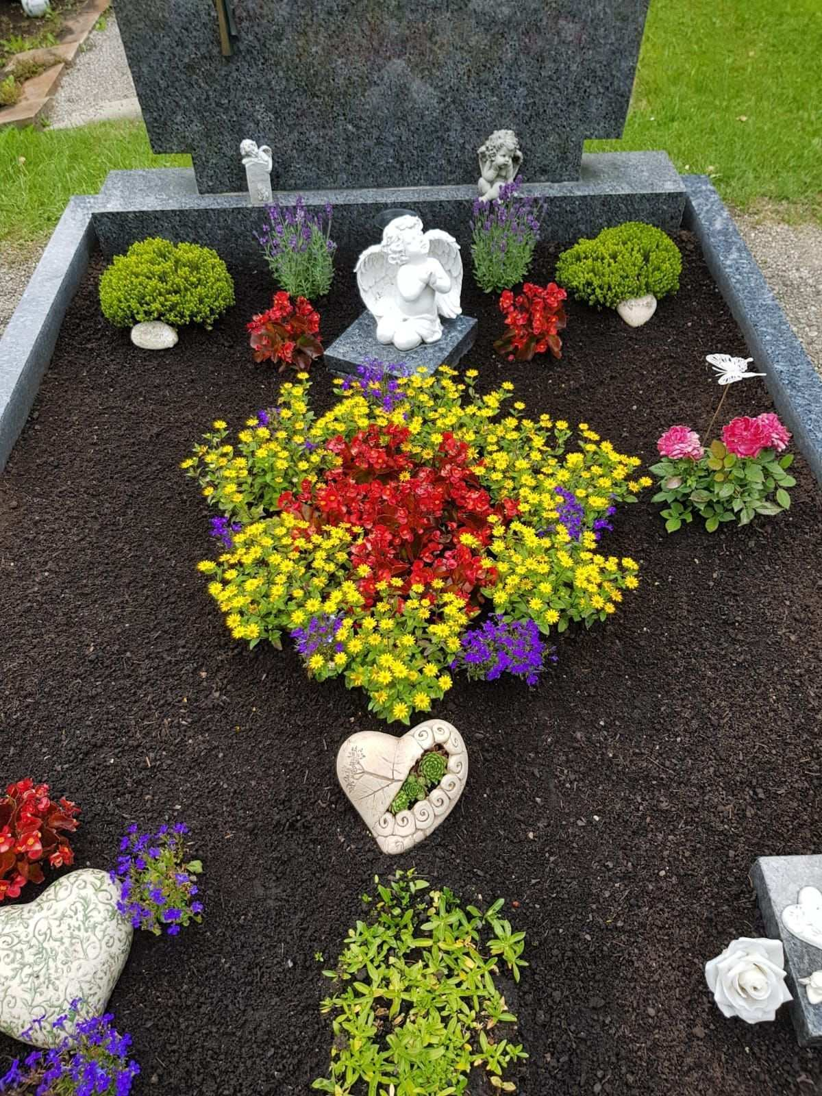 Kein Titel Welcome To Blog Grabbepflanzung Grabgestaltung Friedhofs Dekorationen