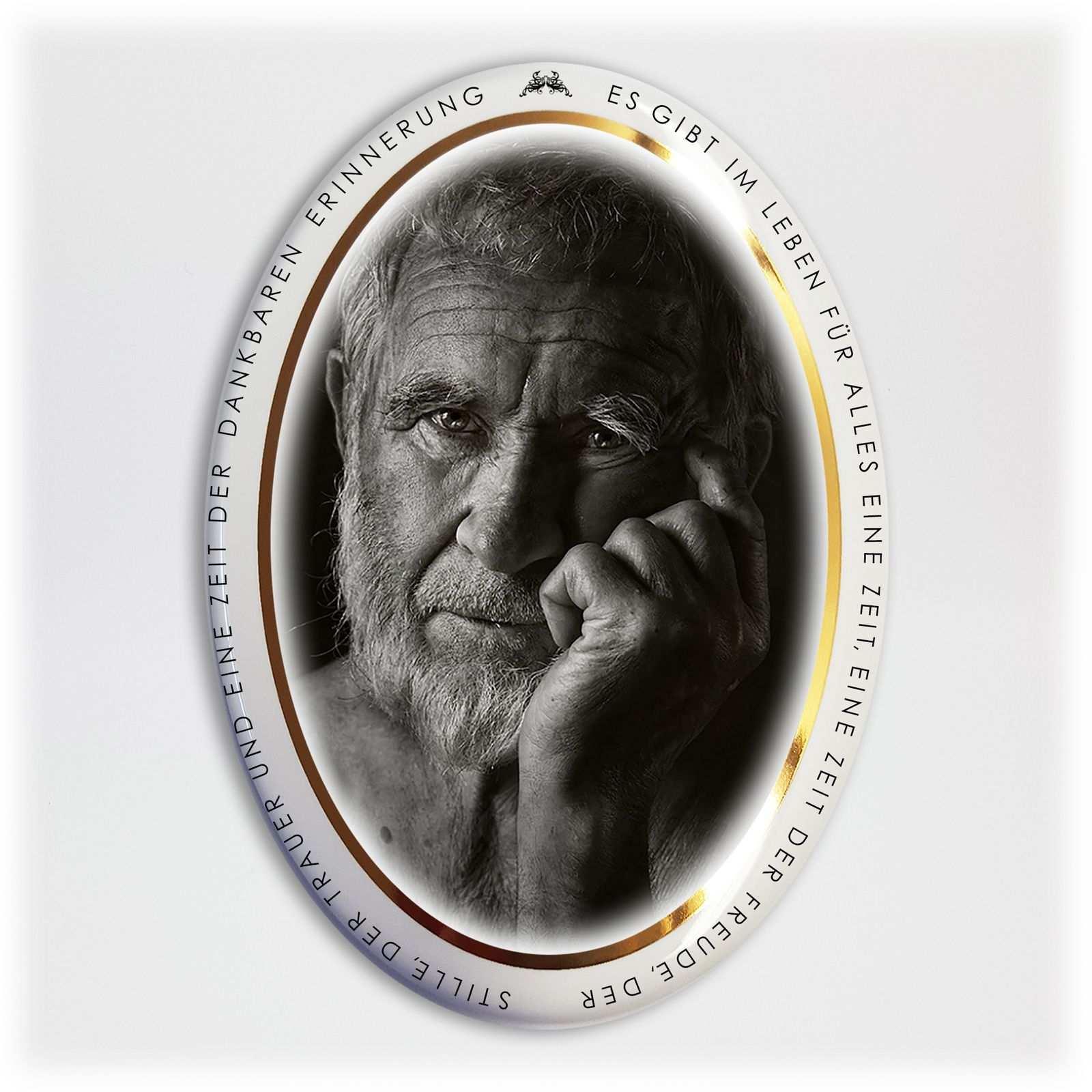 Porzellanbild Mit Dem Goldrand Und Beschriftung Muster Bilder Bilder Porzellan