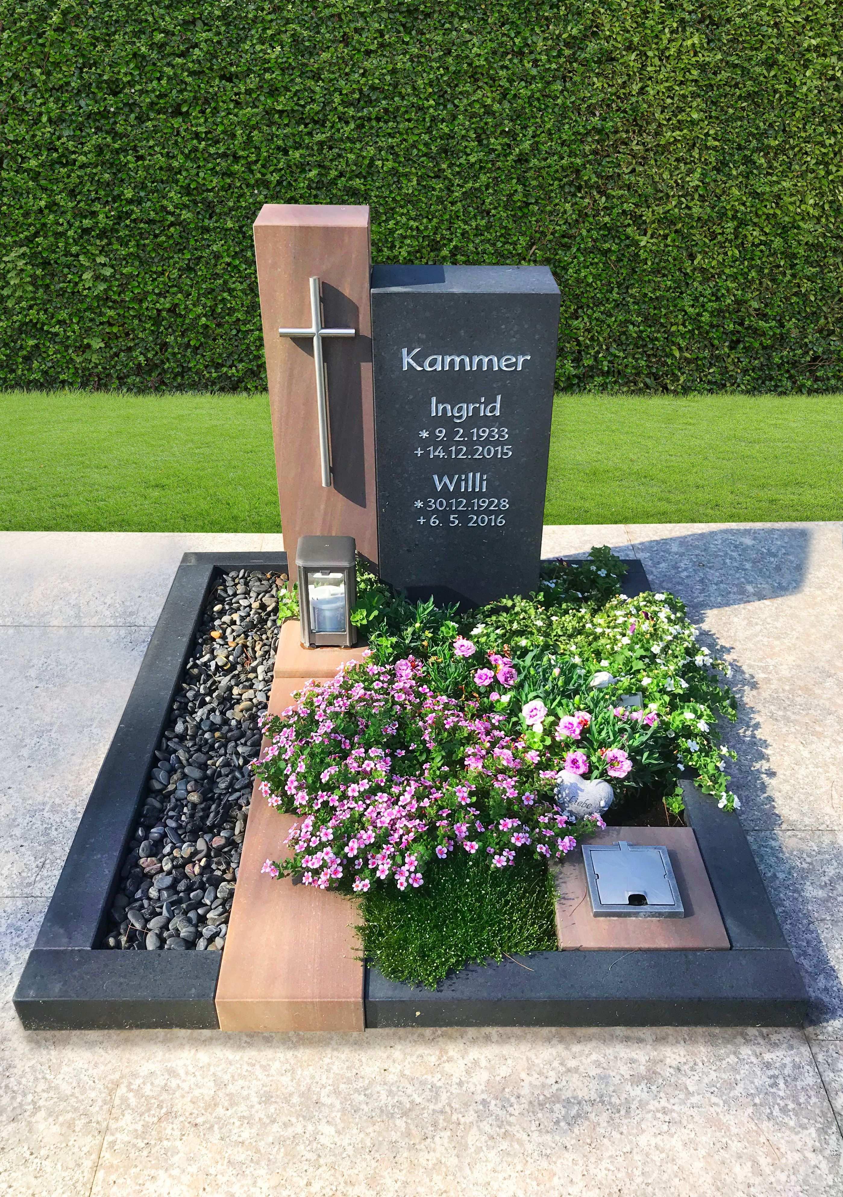 Grabmal Individualisiert Durch Materialmix Grabgestaltung Urnengrabgestaltung Grabgestaltung Allerheiligen