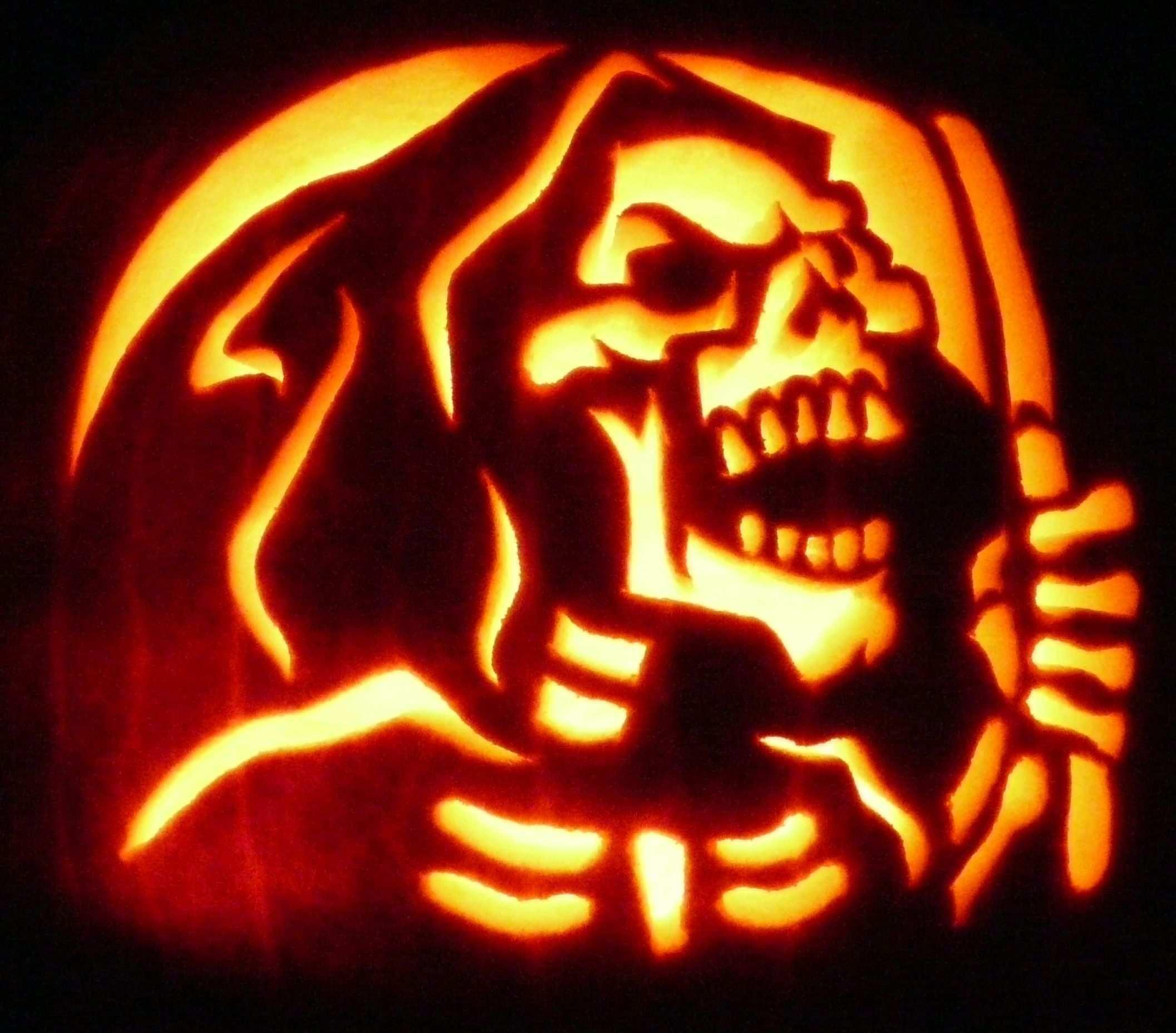 Carved Pumpkin The Reaper From Zombiepumpkins Com Gruseligen Kurbis Schnitzen Halloween Kurbis Schnitzen Kurbisschnitzmuster