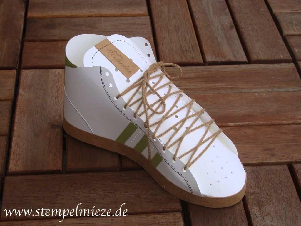 Ein Gutschein In 3d Sneaker Schuhe Basteln