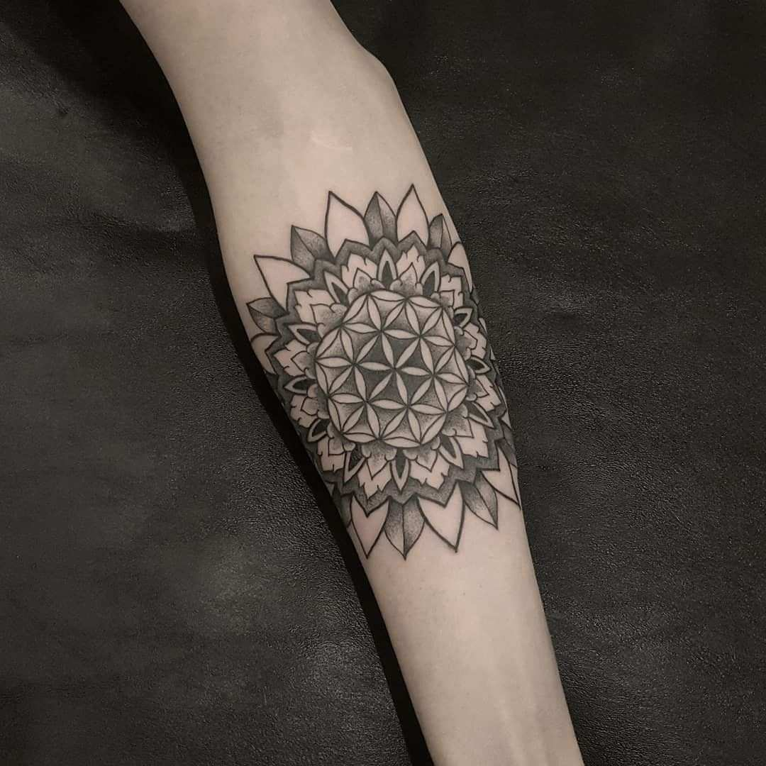 Cool Tattoos On Your Hand 2020 Dovme