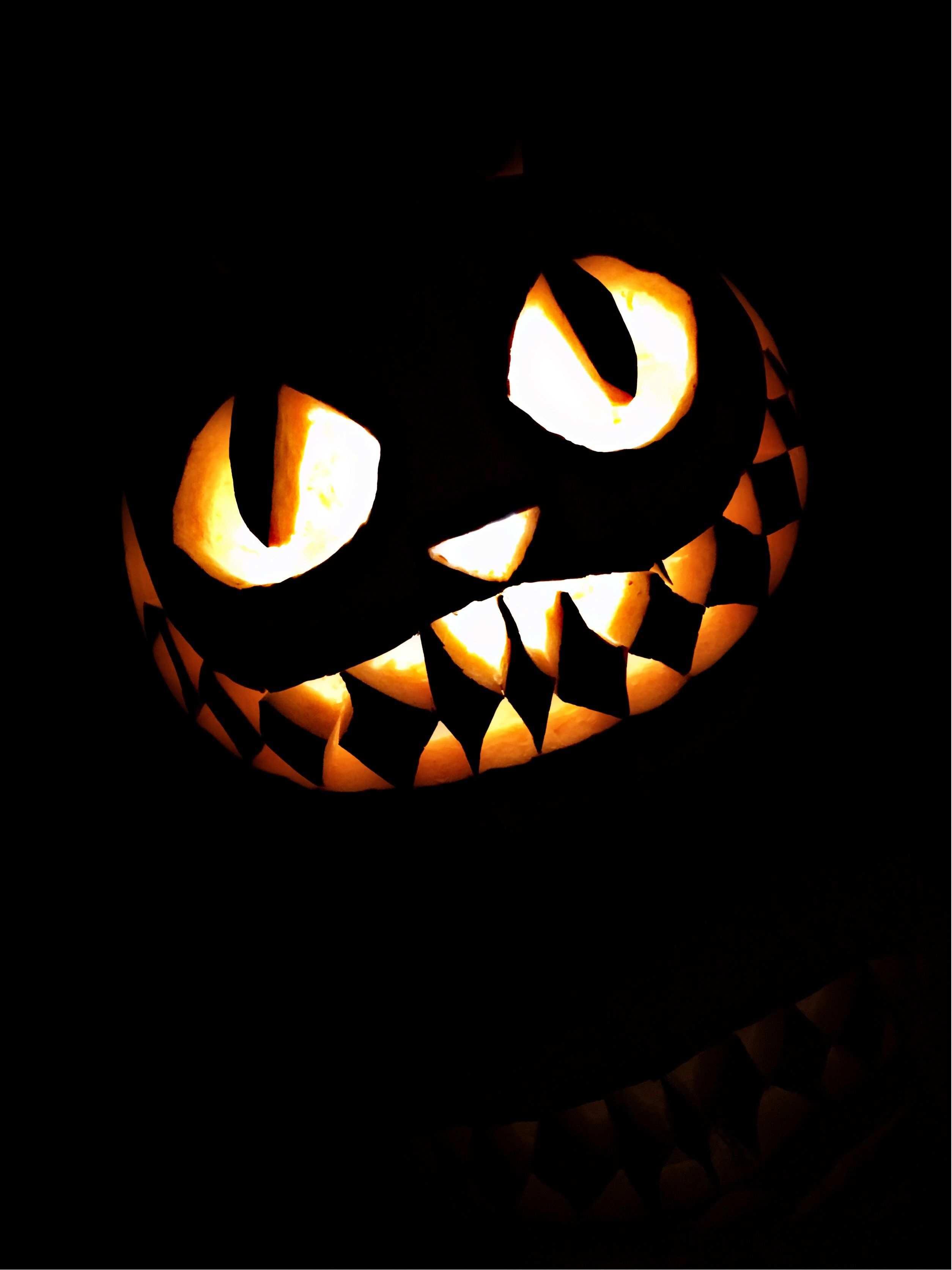 Happy Halloween Kurbisschnitzen Grinsekatze Halloween2017 Halloween Spooky Kurbis Schnitzen Grinsekatze Halloween Kurbis Schnitzen Kurbisschnitzereien