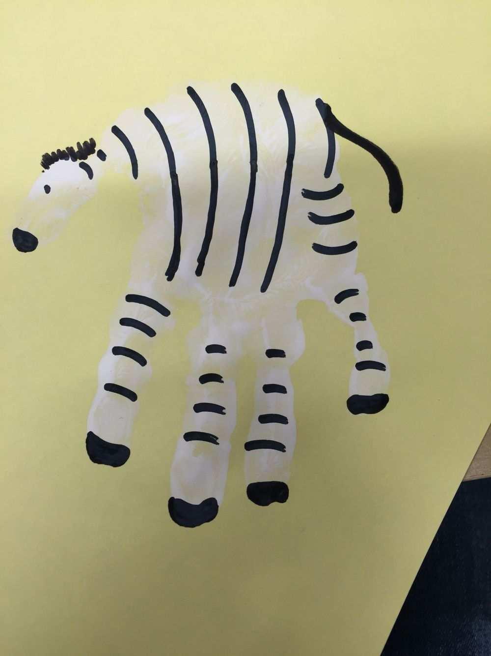 Handabdruck Zebra Basteln Kinder Unter 3 Kinder Malerei Basteln Mit Kindern