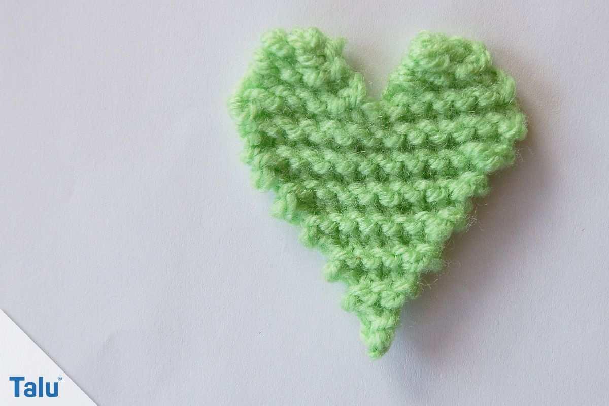 Herzmuster Stricken Strickanleitung Fur Herzchen Talu De In 2020 Stricken Herz Herz Muster Stricken