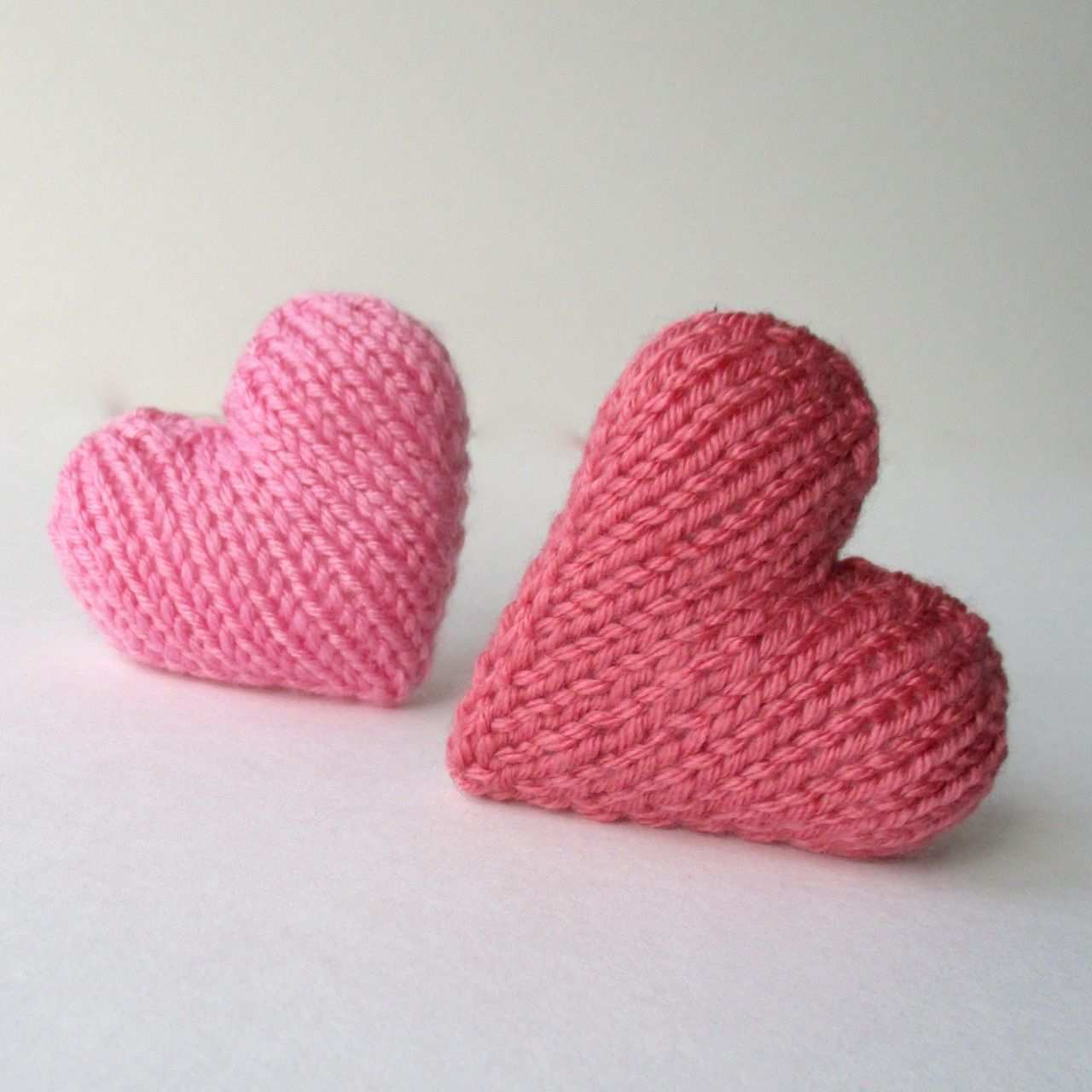 Amandaberryknitting Knit A Heart For Your Valentinethis Is A Free Pattern For A Little Knitted Love Heart Although Thi Stricken Stricken Jungs Baby Stricken
