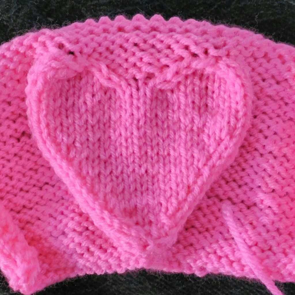 Raised Heart Pattern Knitted Heart Pattern Knitting Patterns Knitting