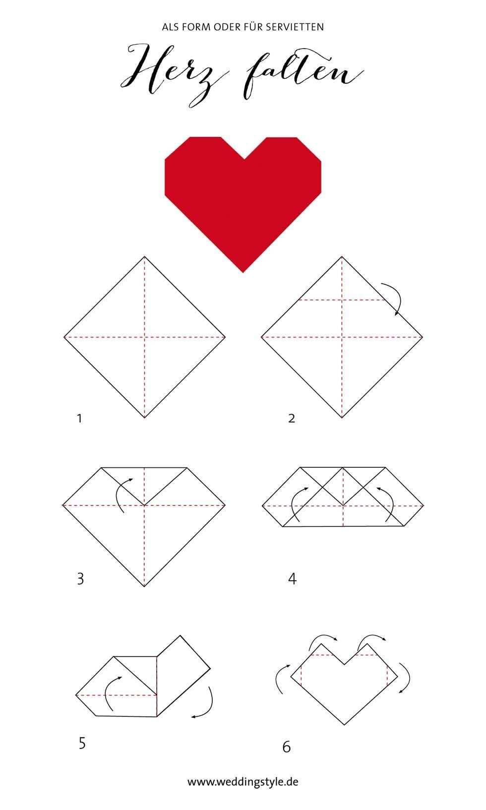 Origami Herz Die 5 Besten Anleitungen Fur Ganz Susse Herzen Origami Herz Herz Falten Lesezeichen Basteln