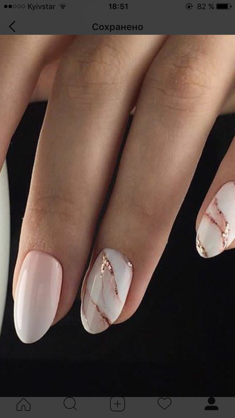 Marble Manis Are A Great Way To Incorporate Your Wedding Colours Goldene Nagel Nageldesign Manikure Ideen