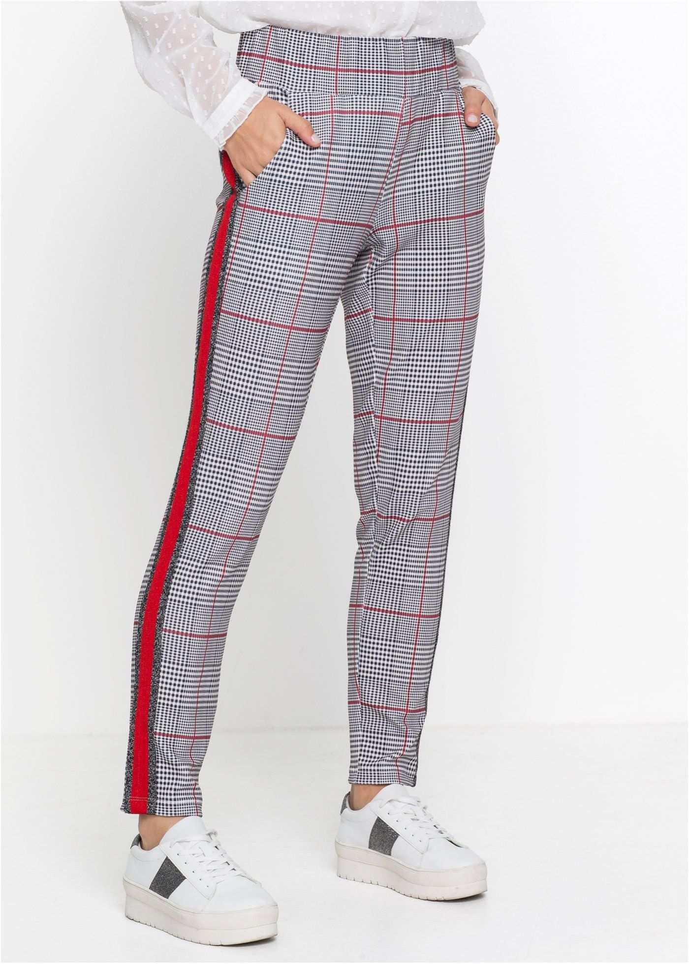 Zwei Angesagte Stilelemente Vereint Diese Lange Hose Zum Einen Begeistert Sie Mit Dem Auffallenden Allover Karo Muster Zum Anderen Damenhosen Modestil Hosen