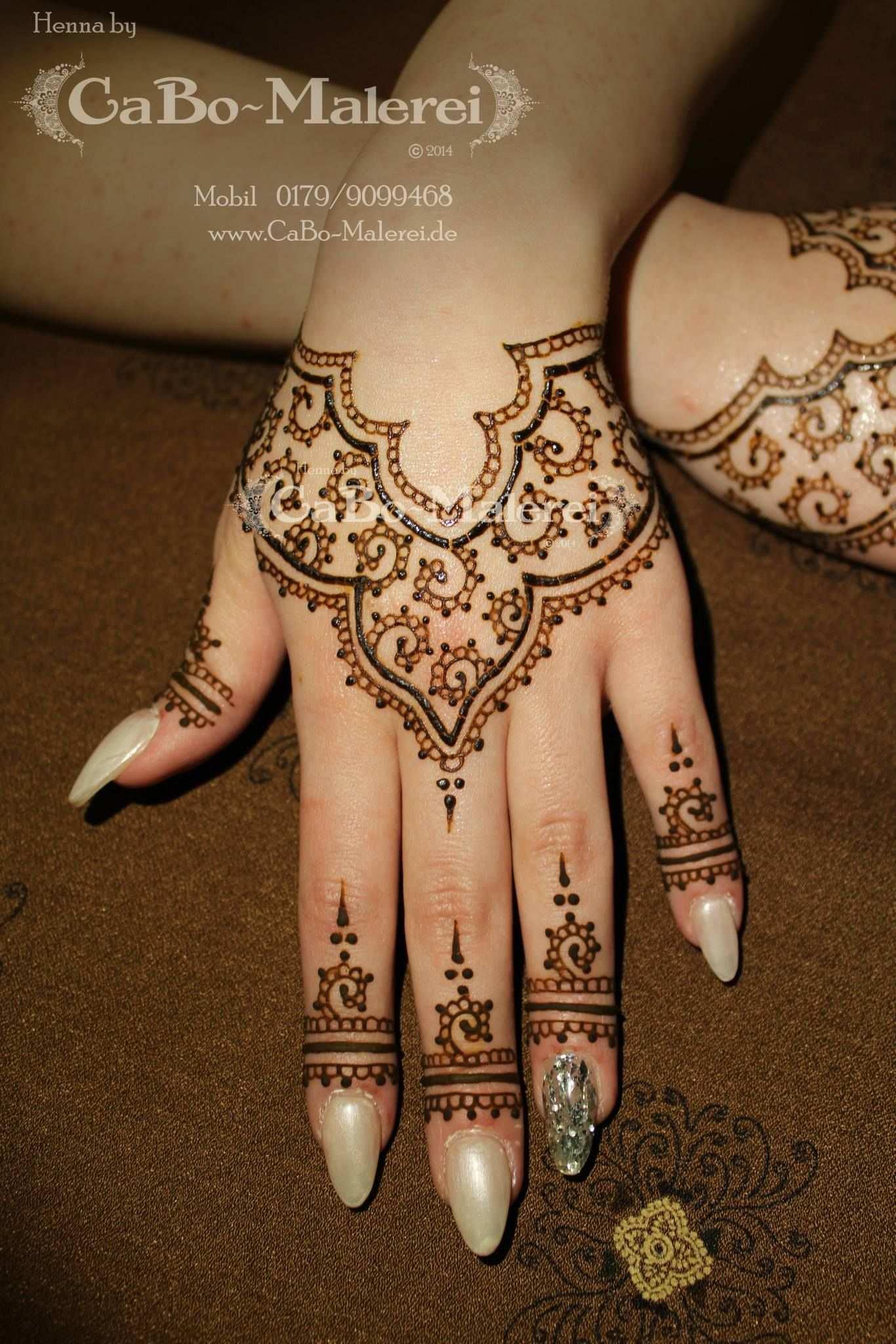 Simple Modern Henna By Cabo Malerei Henna Tatowierung Designs Henna Hand Designs Henna