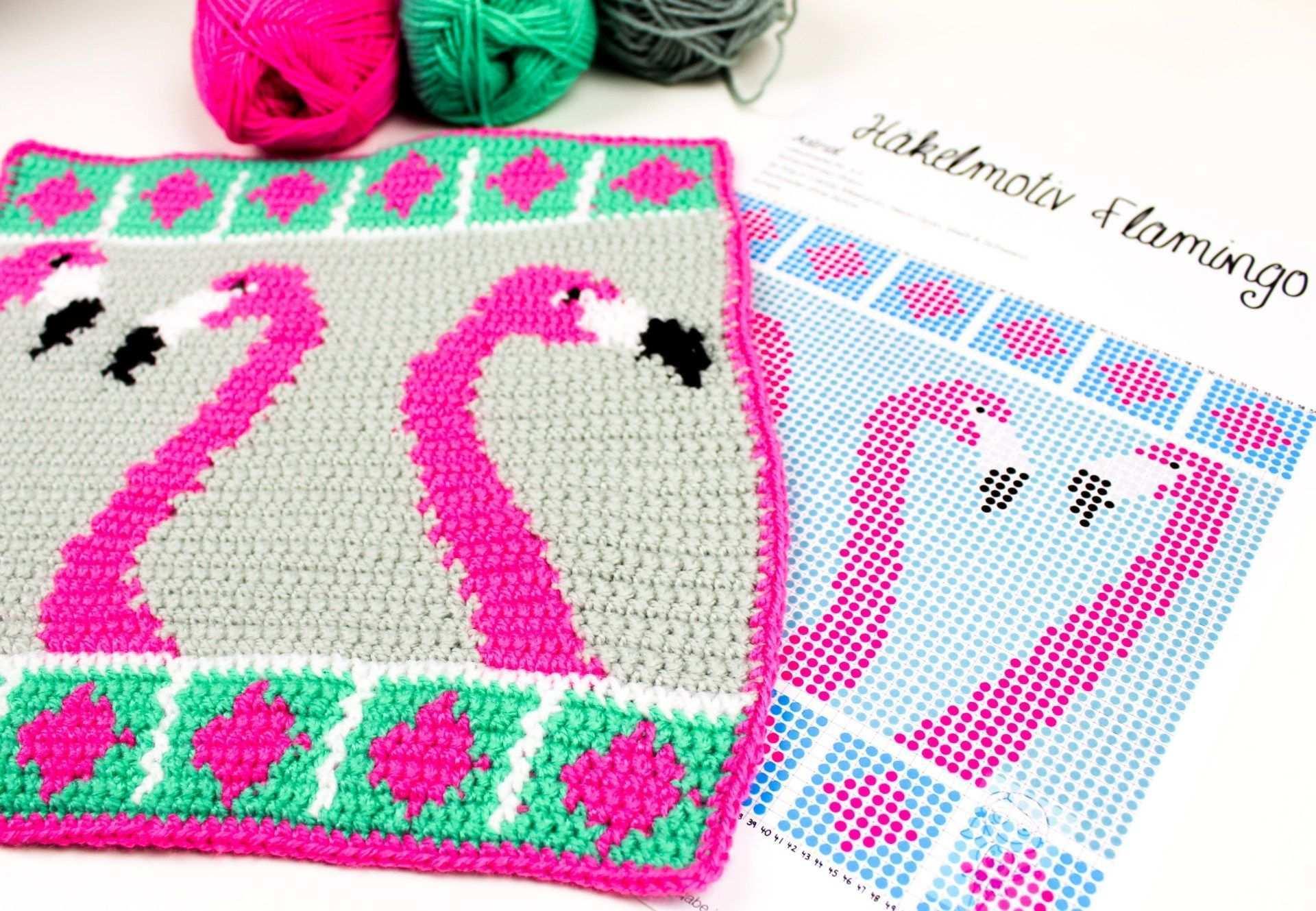 Hakelanleitung Der Woche Intarsienhakeln Mit Flamingos Frau Line Hakeln Anleitung Hakelanleitung Flamingos