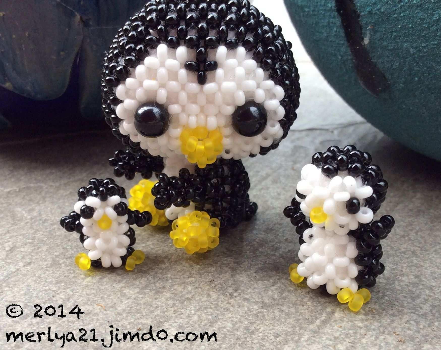Pinguin Trio Anleitungen Aus Japanische Mini Perlentiere 1 Und 2 Und Perlen Sweeties Perlentiere Perlenkunst Perlen Kreuz
