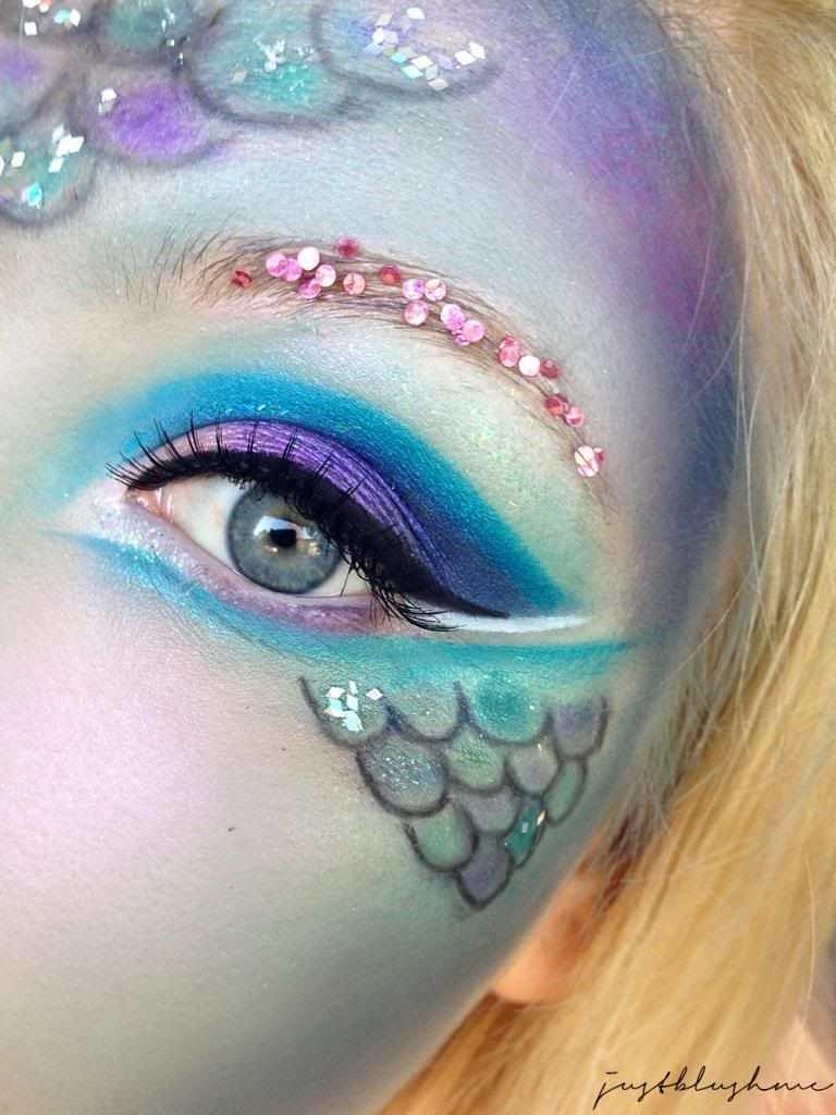 Themenwoche Fasching Karneval Talasia Mermaid Look Meerjungfrau Make Up Meerjungfrau Schminken Fantasy Make Up Fasching Schminken