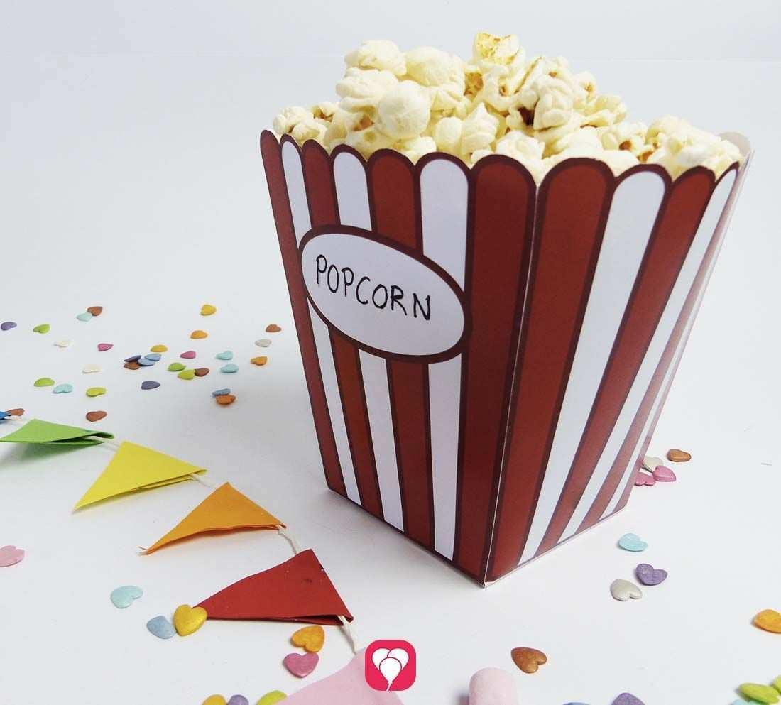 Popcorn Tute Fur Snacks Beim Heimkino Balloonas Com Kinogutschein Basteln Popcorntute Basteln Tute Basteln