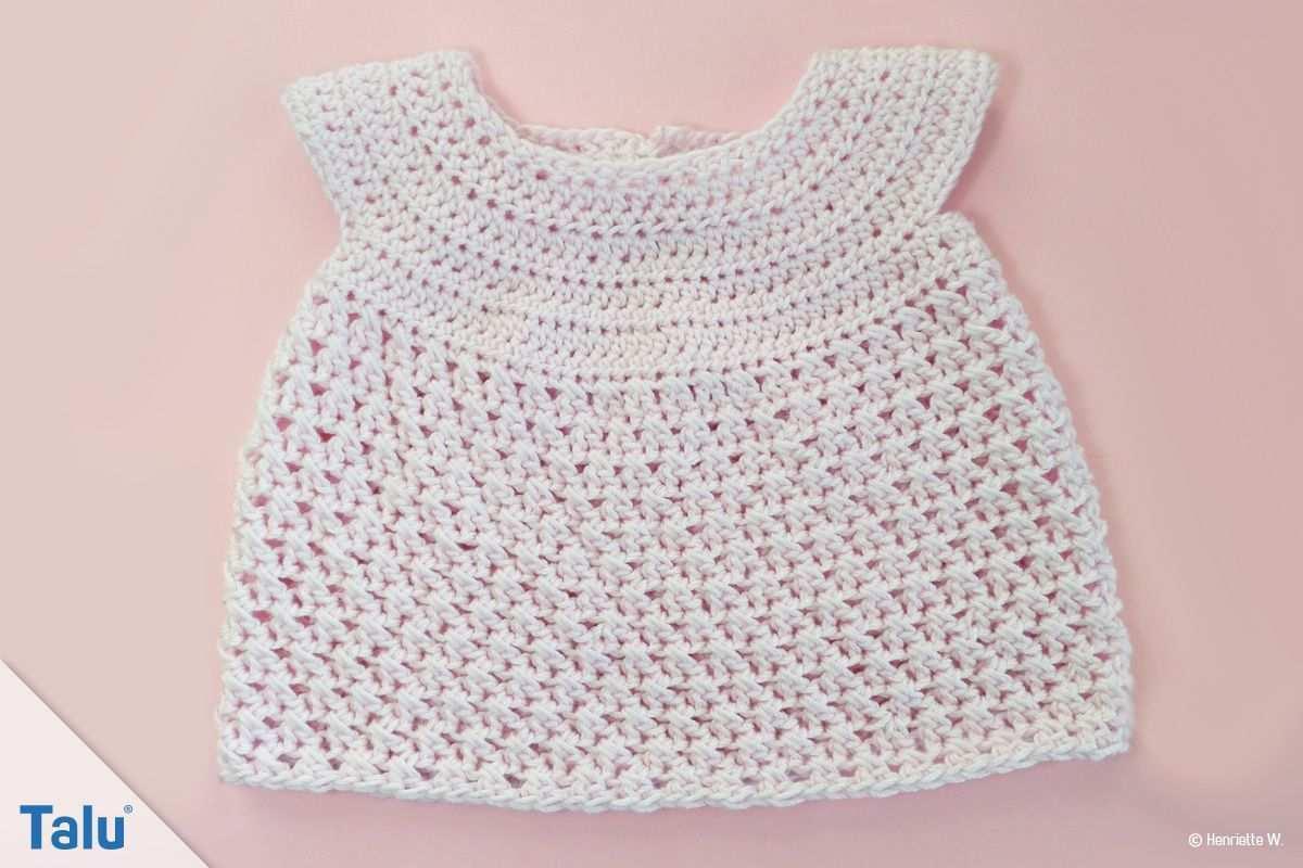 Babykleid Hakeln Anleitung Fur Ein Babykleidchen Talu De Gehakeltes Babykleid Gehakelte Babykleider Babykleidung