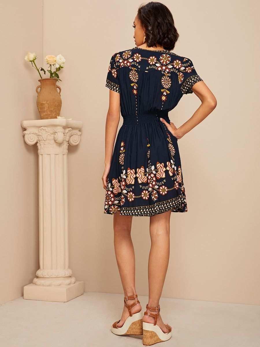 Kleid Mit Geraffter Taille Knopfen Detail Und Blumen Muster Shein Lange Kleider Kleider Muster