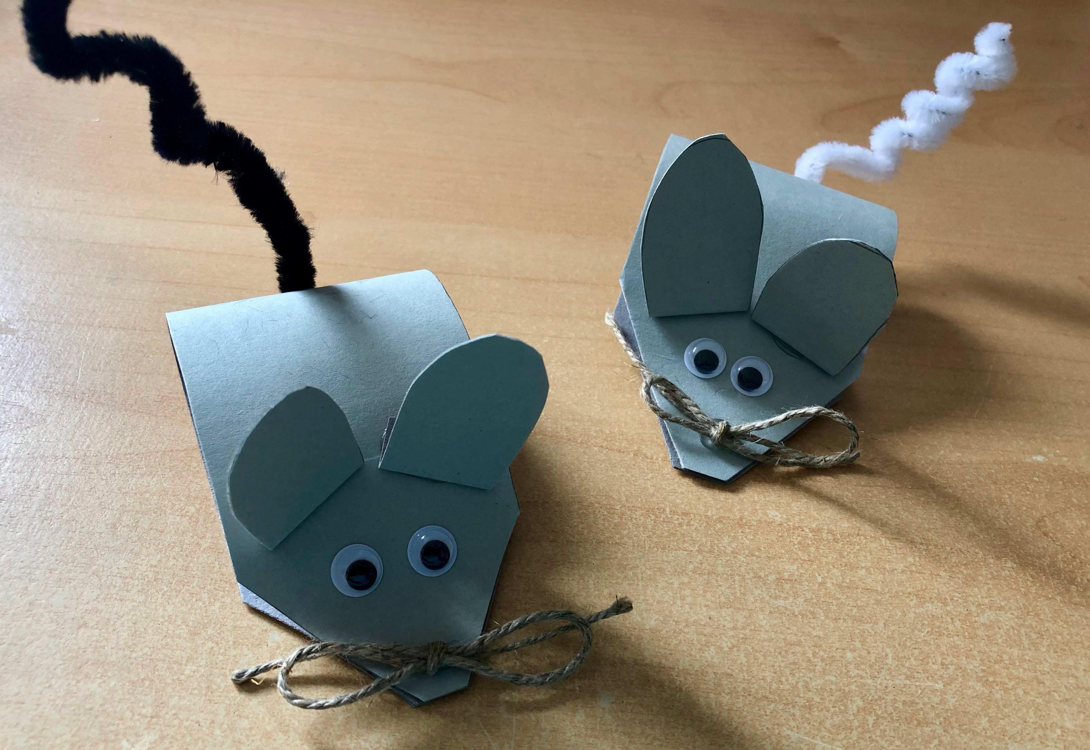 Kleine Mauschen Basteln Herbstbastelnmitkindern Basteln Kleiner Mause Anleitung Und Materialliste In Meinem Blog Basteln Tinker Crafts
