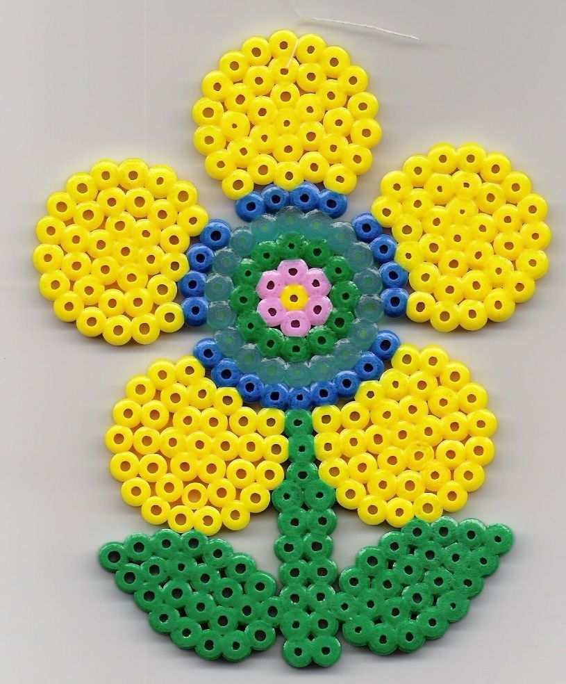 Blume Bugelperlen Flower Perler Beads Perler Bead Patterns Perler Beads Hama Beads Patterns