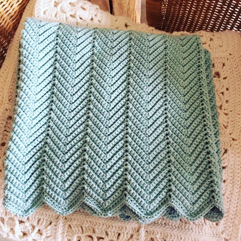 Image Knitting Inspiration Blanket Hakelanleitung Zickzack Muster Blanket Knitting Patterns Baby Knitting Patterns Valentines Crochet