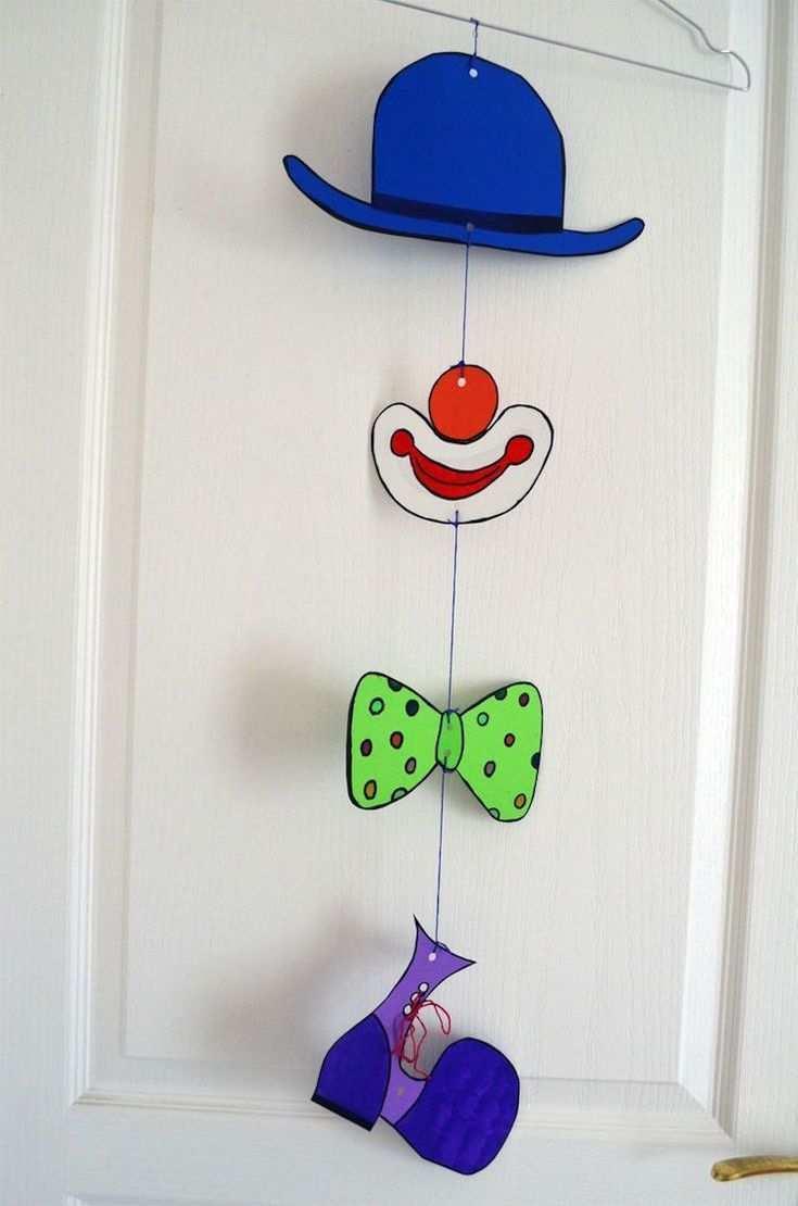 Mobile Clown Hanging Up Door Crafts For Teens Clown Basteln Fasnacht Basteln Fasching Basteln