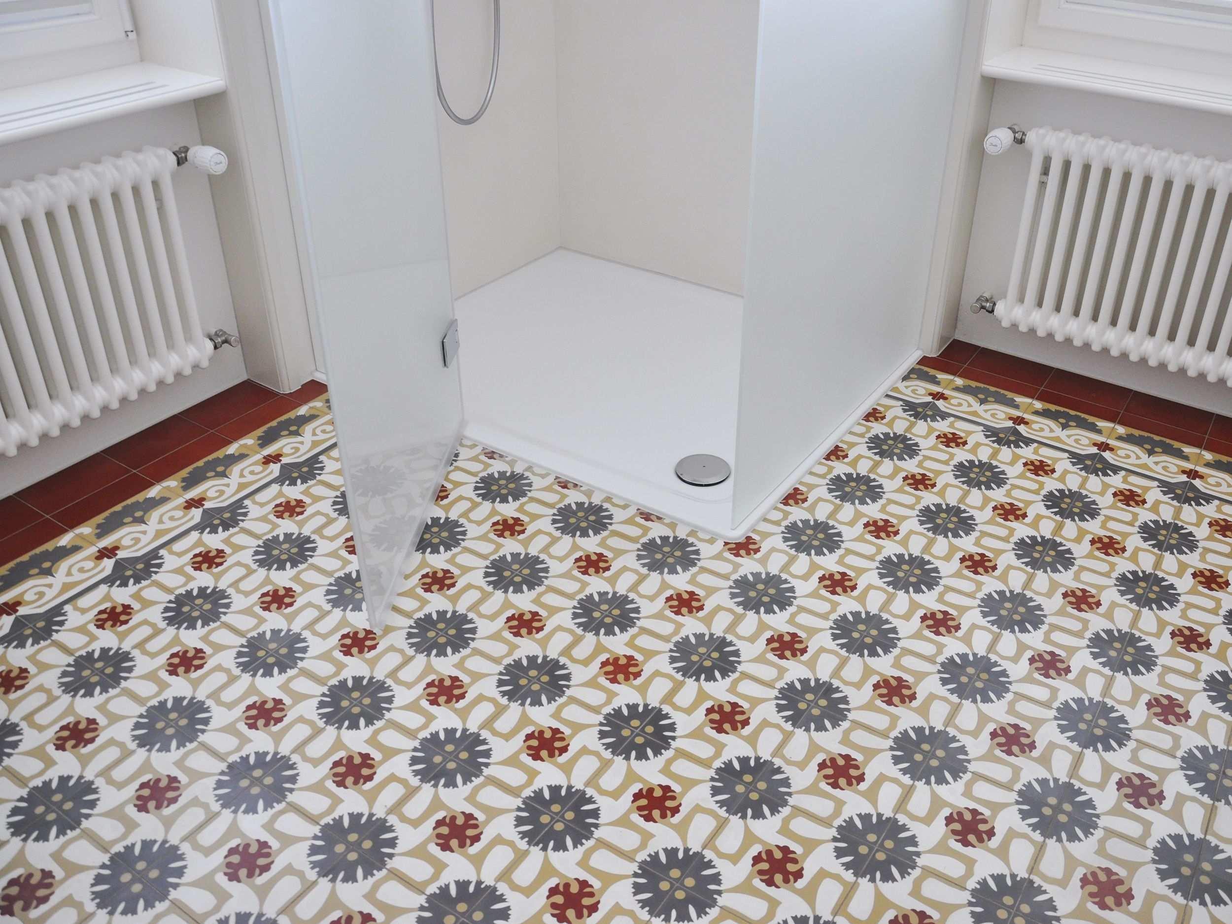 Einfamilienhaus In Gossau Keramik Bau Ag Badezimmer Mit Mosaik Fliesen Bodenfliesen Muster Badezimmer Design