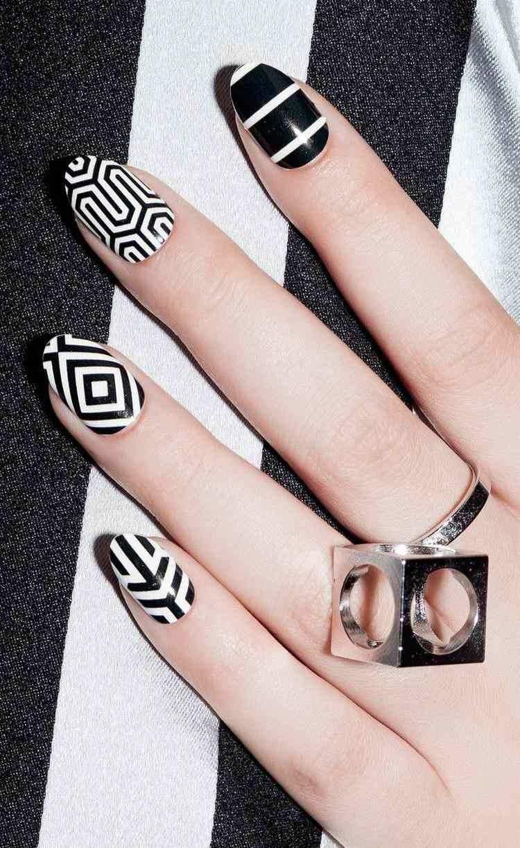 55 Fingernagel Bilder Grafische Muster Im Trend Fur 2016 Nagelkunst Design Nagellackfarben Neueste Nagelkunst