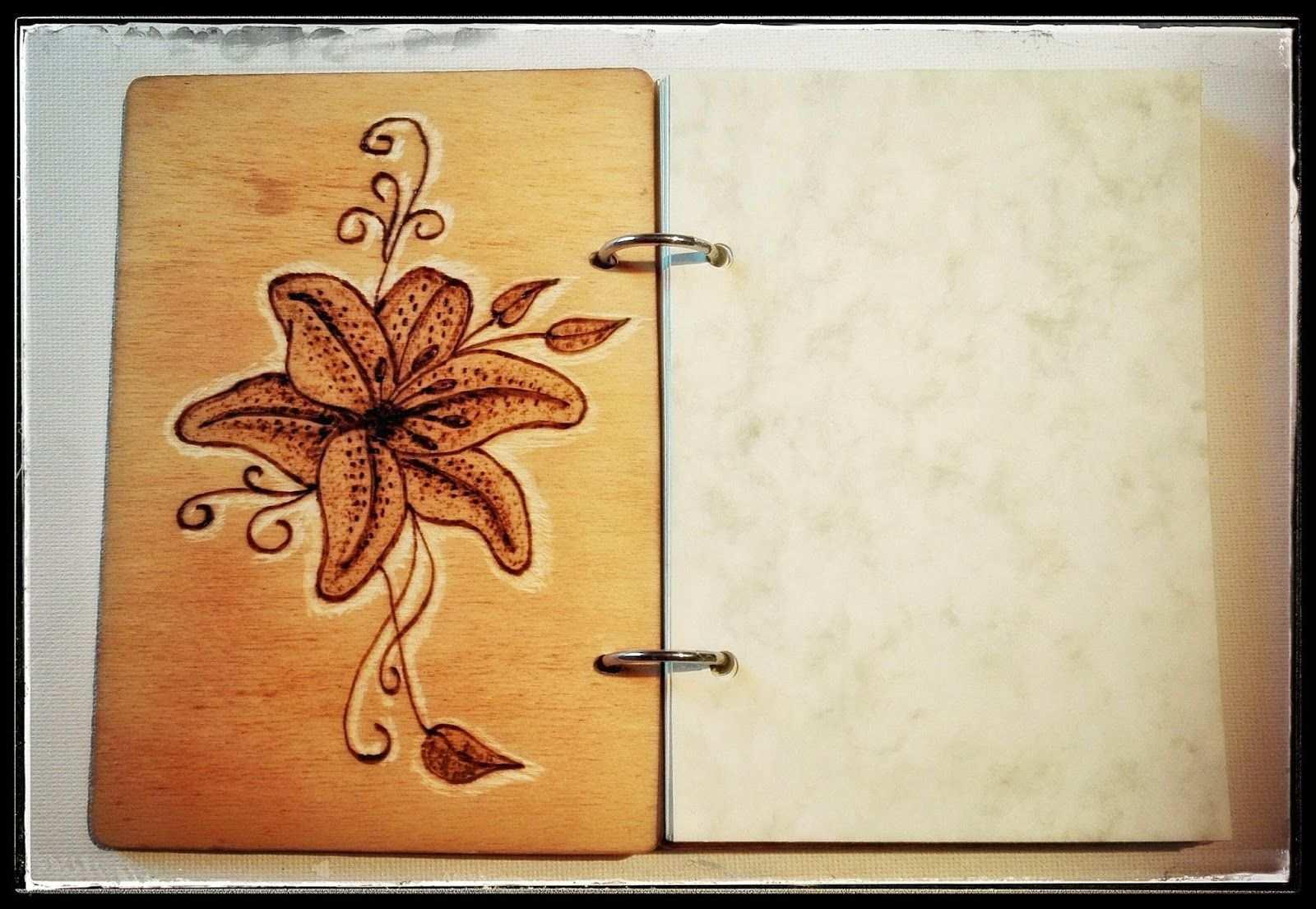 Schlusselanhanger Aus Holz Diy Valentinstagskarten Notizbuch Aus Holz Turschildchen Holz Brennen Gravieren G Geschenke Aus Holz Basteln Mit Holz Holz Diy